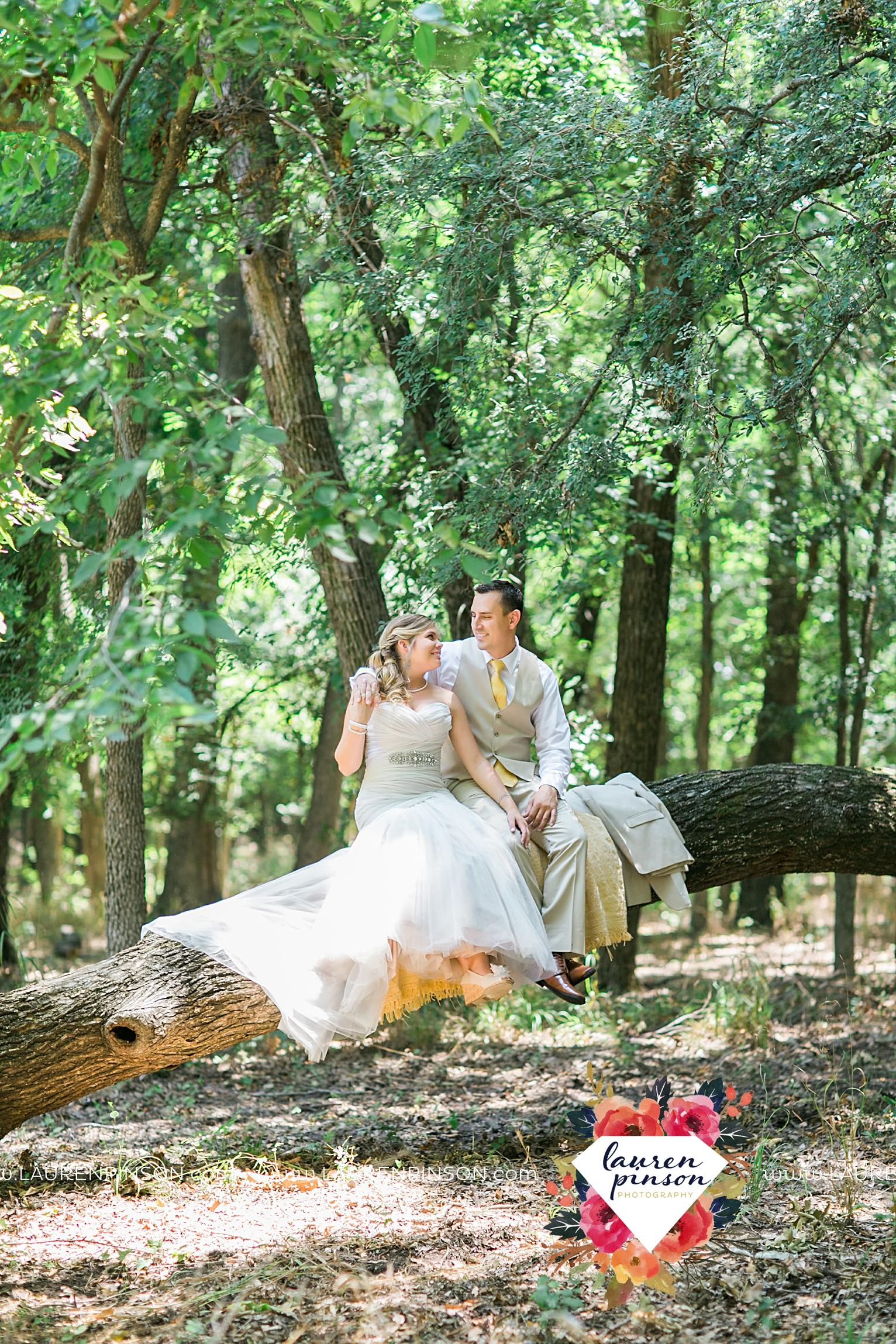 weatherford-texas-hollow-hill-farm-event-wedding-mineral-wells-dfw-wedding-photographer-wichita-falls-photography_3142.jpg