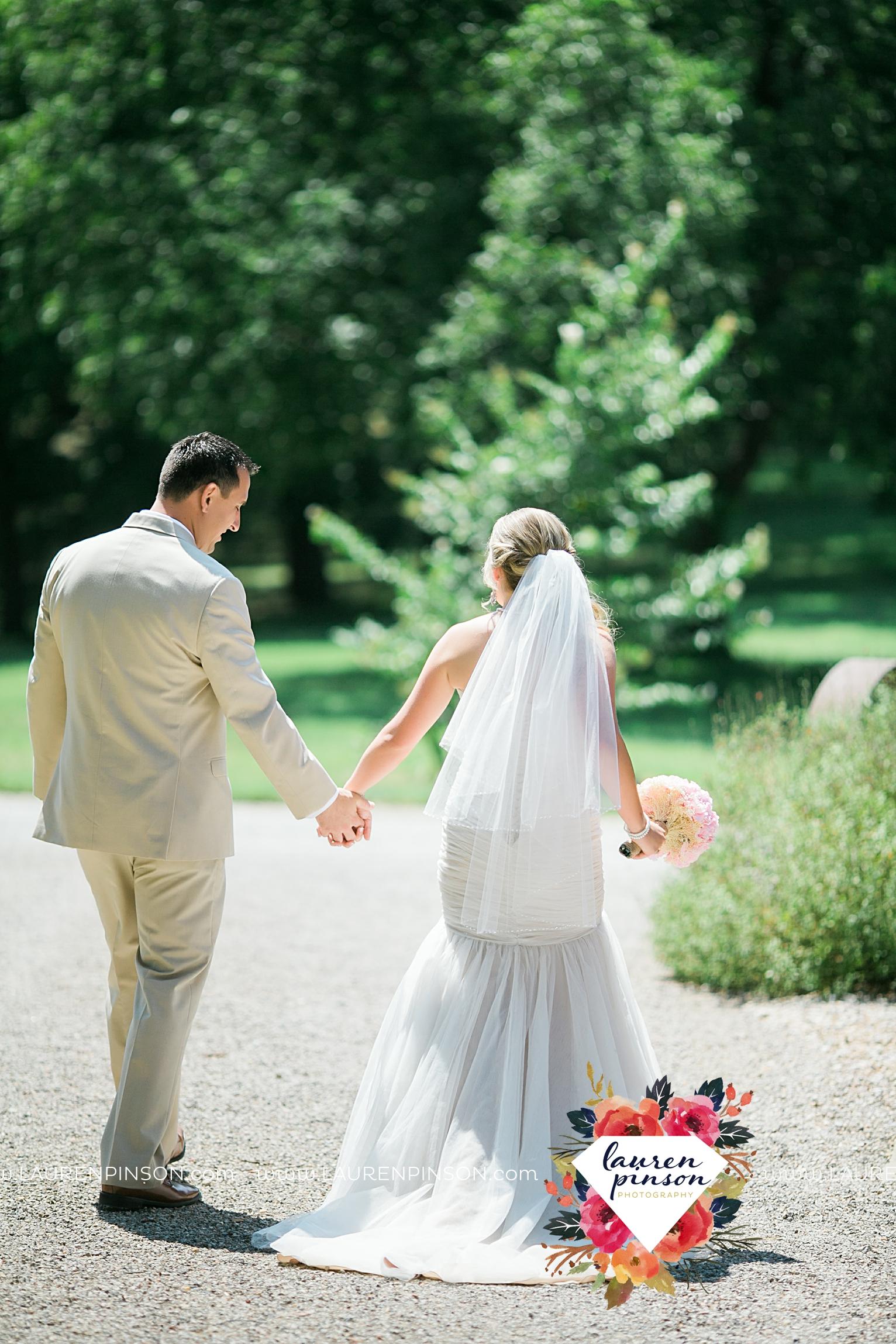 weatherford-texas-hollow-hill-farm-event-wedding-mineral-wells-dfw-wedding-photographer-wichita-falls-photography_3166.jpg
