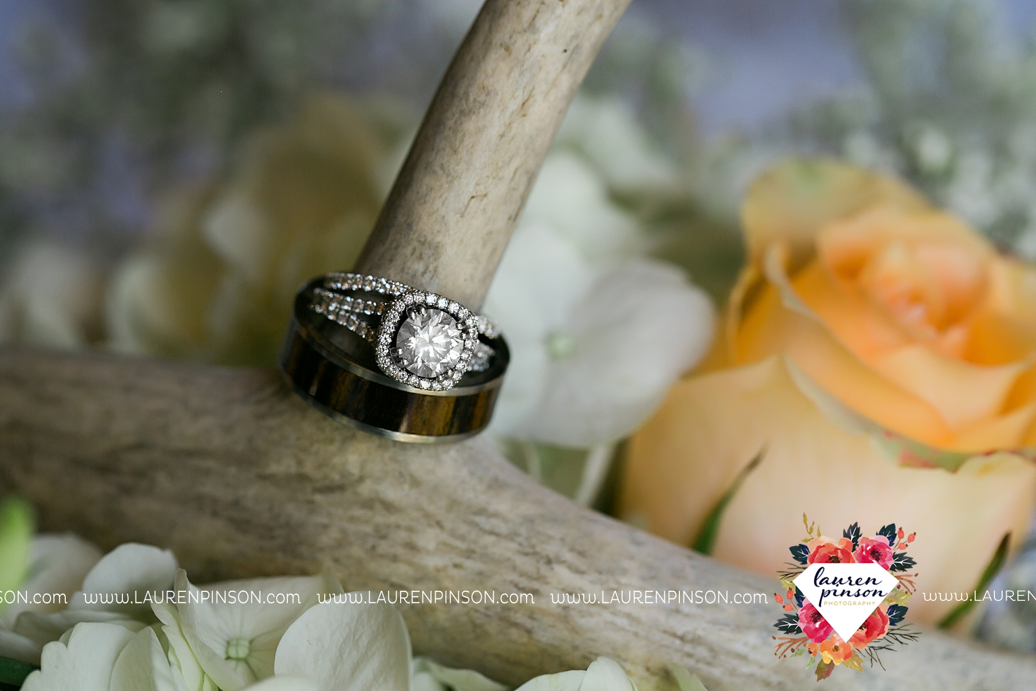 jones-barn-willow-creek-ranch-wedding-in-cleburne-texas-fort-worth-dfw-wichita-falls-wedding-photography_3186.jpg
