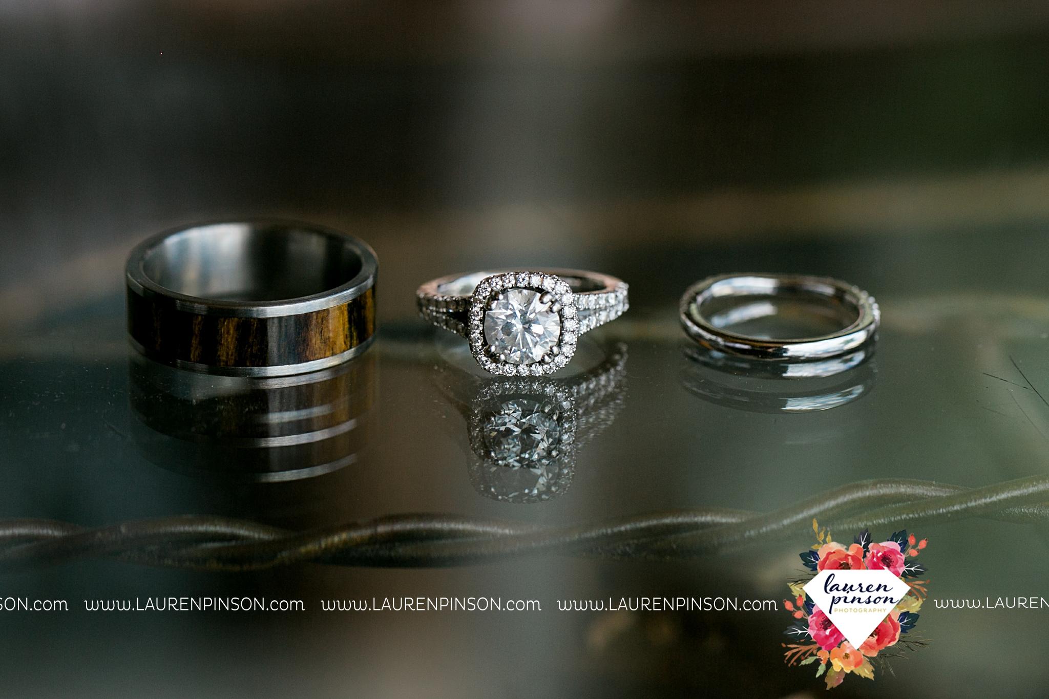 jones-barn-willow-creek-ranch-wedding-in-cleburne-texas-fort-worth-dfw-wichita-falls-wedding-photography_3187.jpg