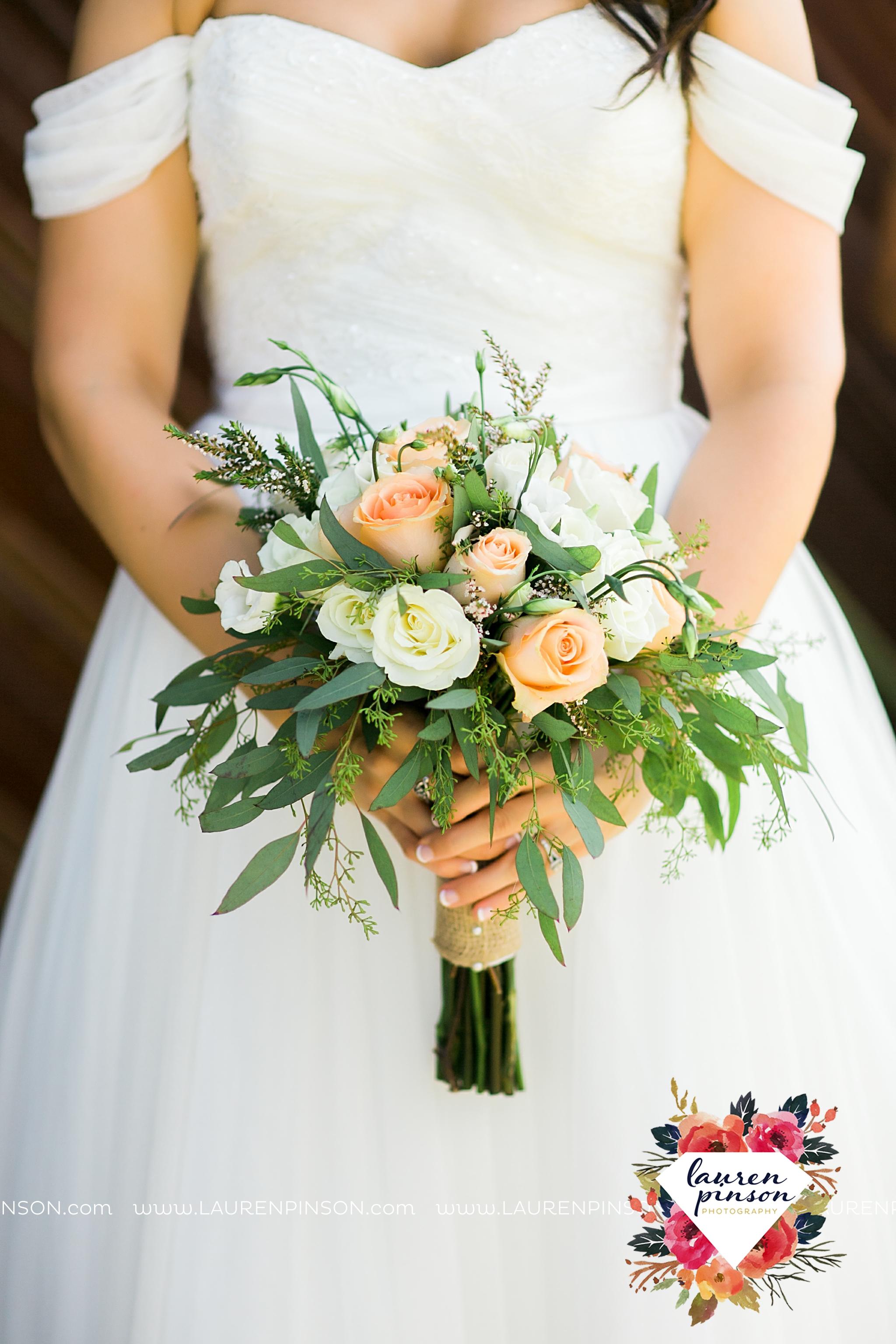 jones-barn-willow-creek-ranch-wedding-in-cleburne-texas-fort-worth-dfw-wichita-falls-wedding-photography_3209.jpg