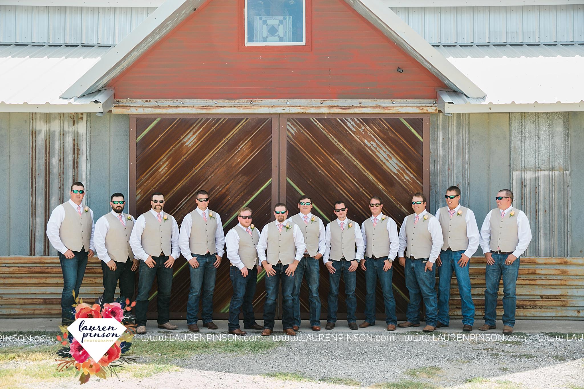 jones-barn-willow-creek-ranch-wedding-in-cleburne-texas-fort-worth-dfw-wichita-falls-wedding-photography_3216.jpg