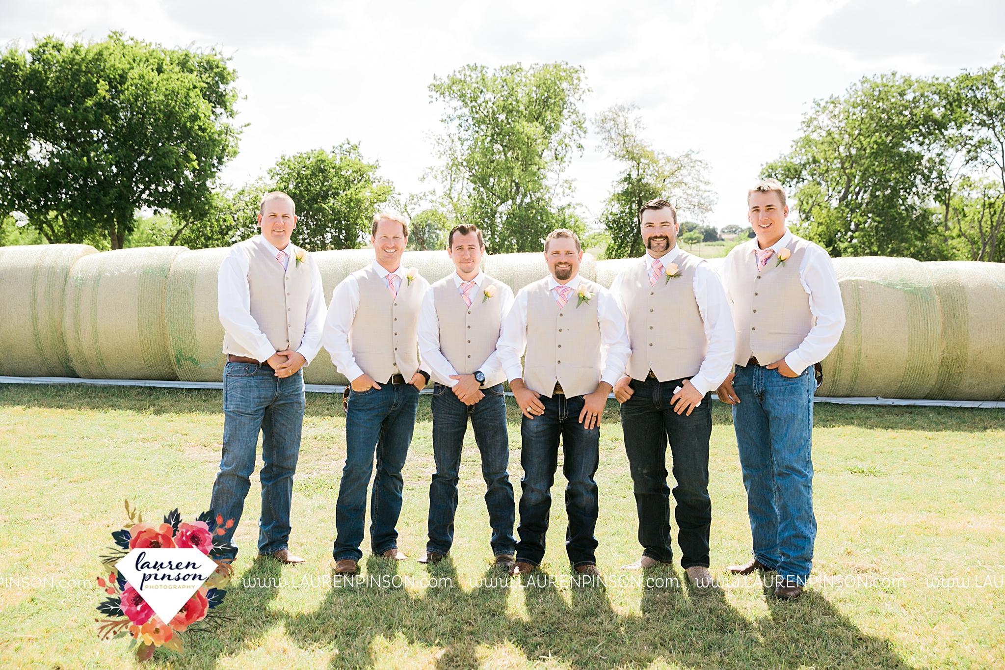 jones-barn-willow-creek-ranch-wedding-in-cleburne-texas-fort-worth-dfw-wichita-falls-wedding-photography_3217.jpg