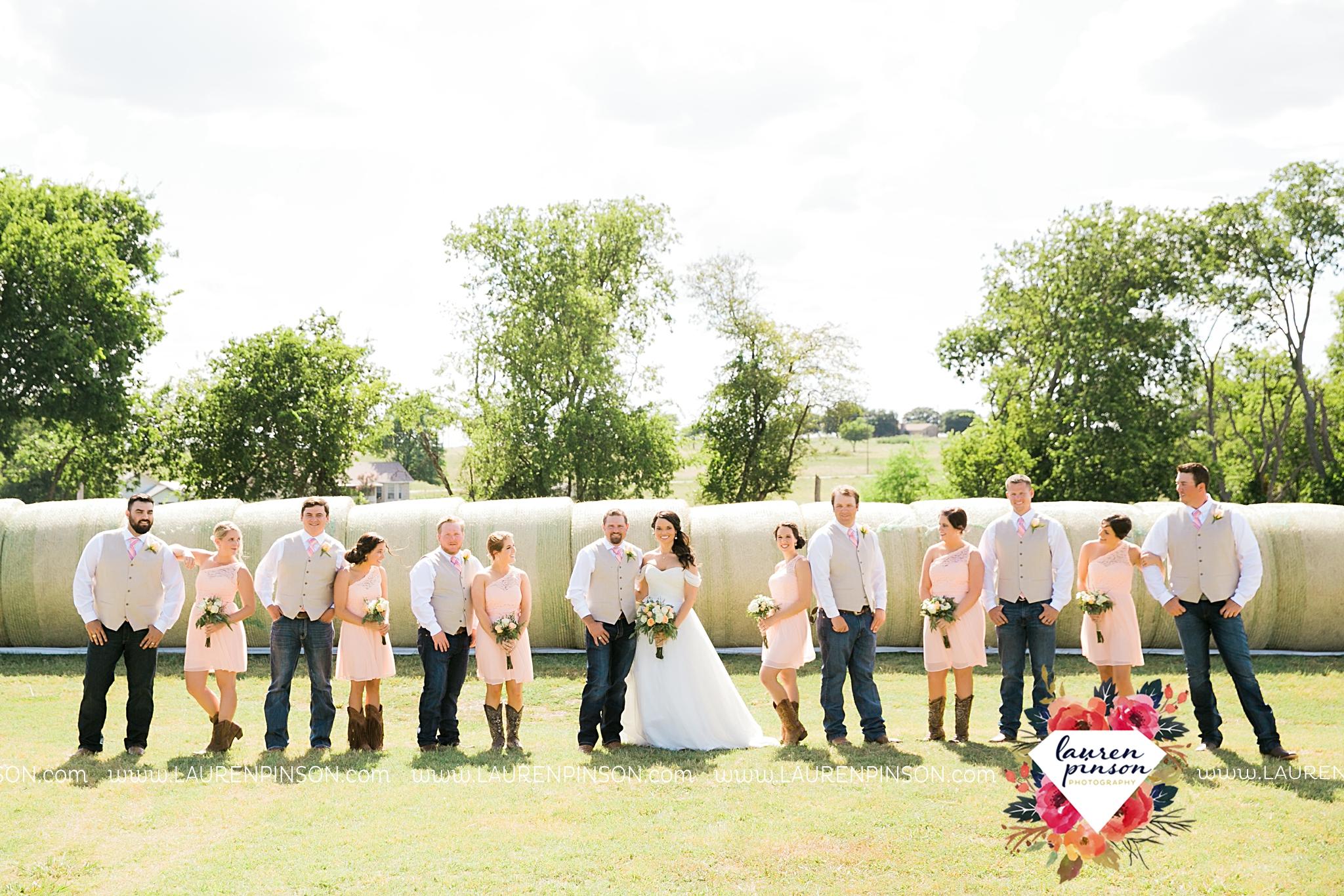 jones-barn-willow-creek-ranch-wedding-in-cleburne-texas-fort-worth-dfw-wichita-falls-wedding-photography_3219.jpg