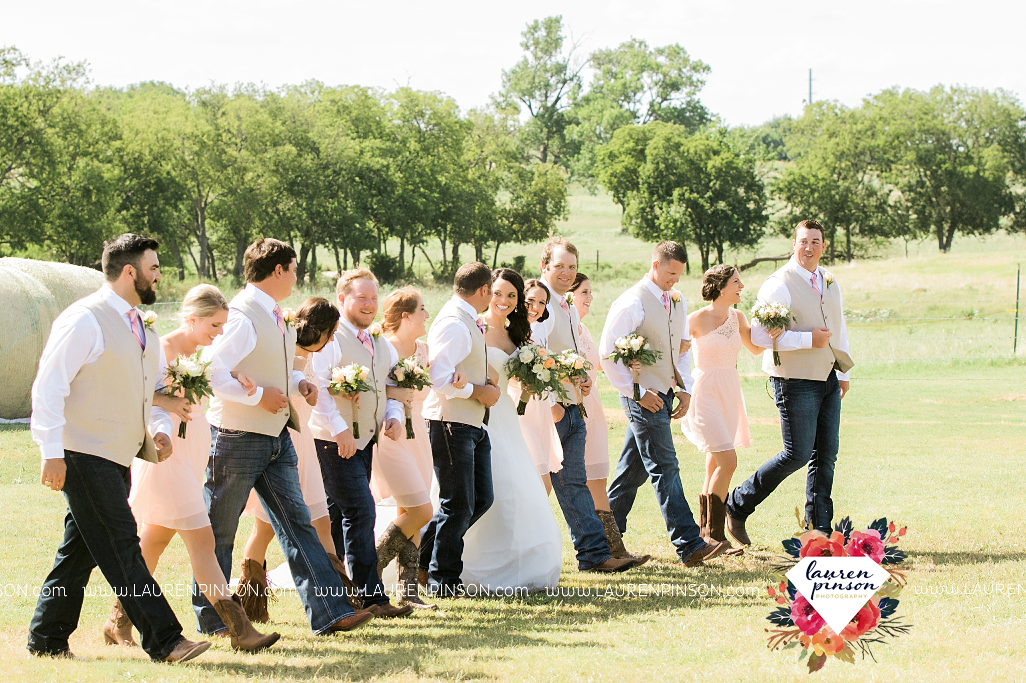 jones-barn-willow-creek-ranch-wedding-in-cleburne-texas-fort-worth-dfw-wichita-falls-wedding-photography_3221.jpg