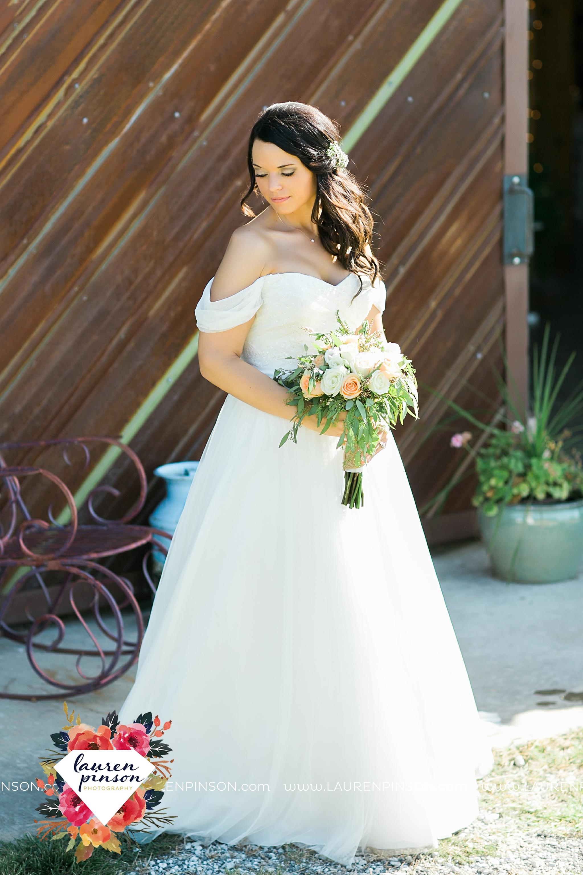 jones-barn-willow-creek-ranch-wedding-in-cleburne-texas-fort-worth-dfw-wichita-falls-wedding-photography_3231.jpg