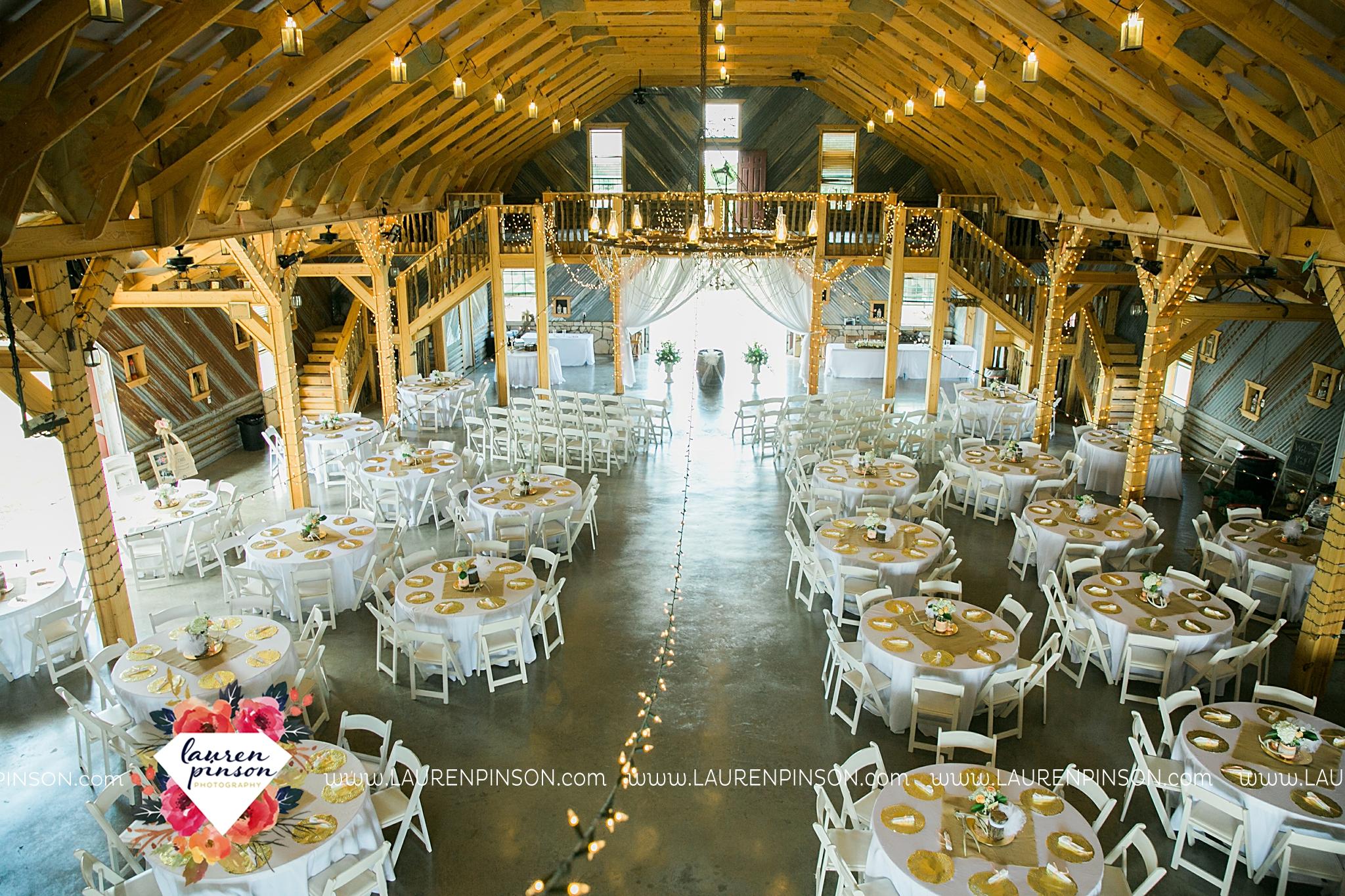 jones-barn-willow-creek-ranch-wedding-in-cleburne-texas-fort-worth-dfw-wichita-falls-wedding-photography_3233.jpg