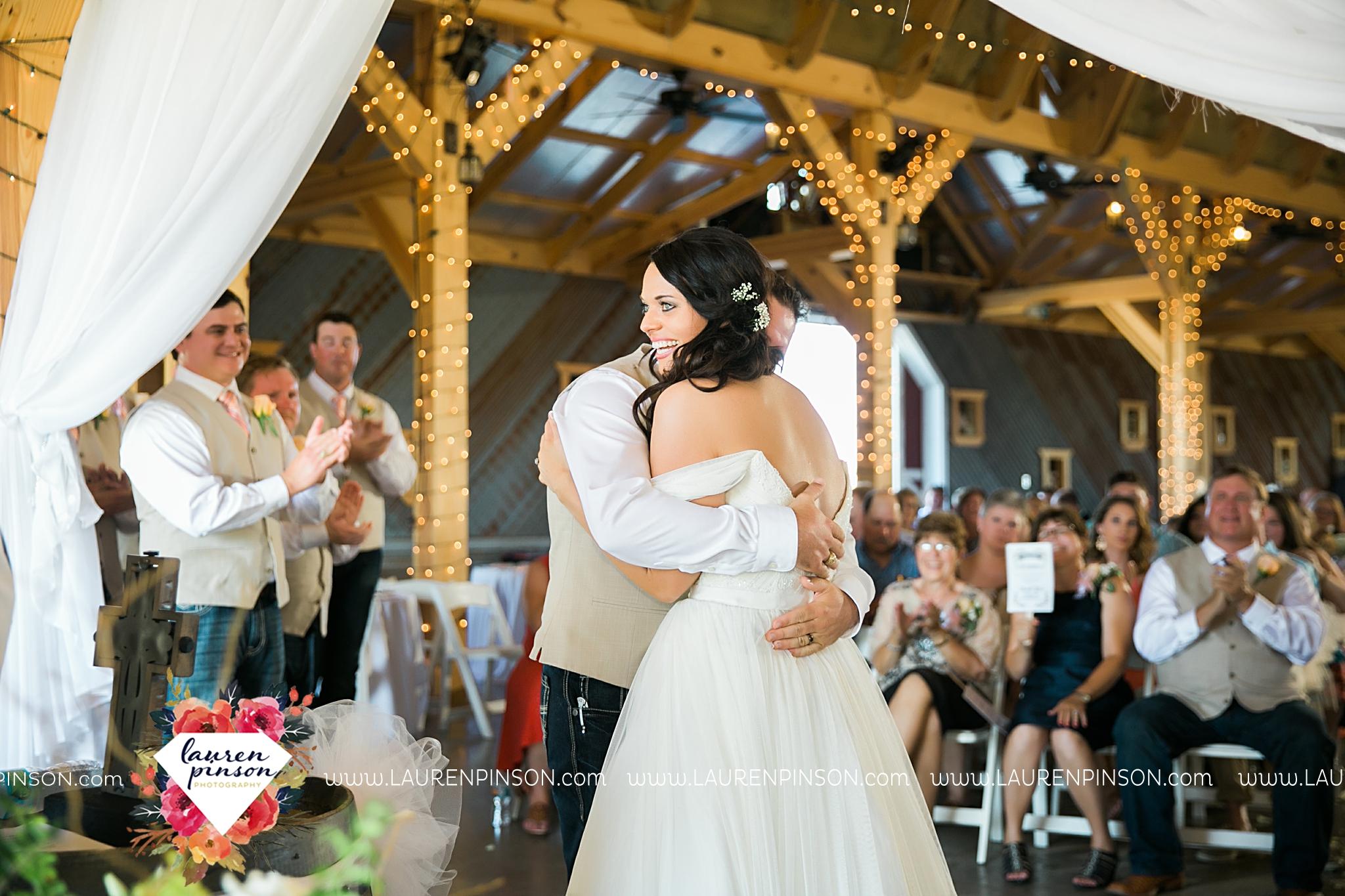 jones-barn-willow-creek-ranch-wedding-in-cleburne-texas-fort-worth-dfw-wichita-falls-wedding-photography_3250.jpg