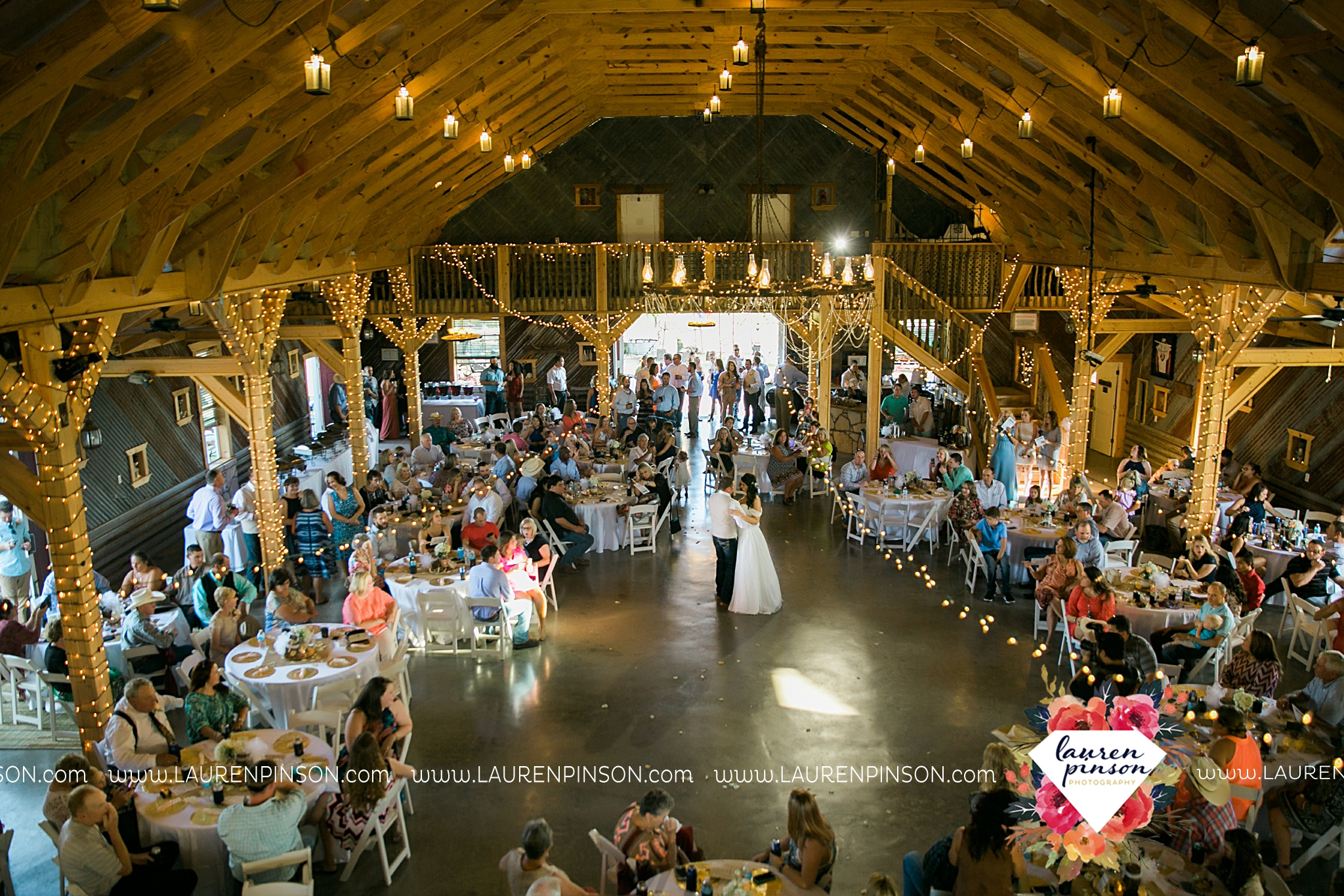 jones-barn-willow-creek-ranch-wedding-in-cleburne-texas-fort-worth-dfw-wichita-falls-wedding-photography_3255.jpg