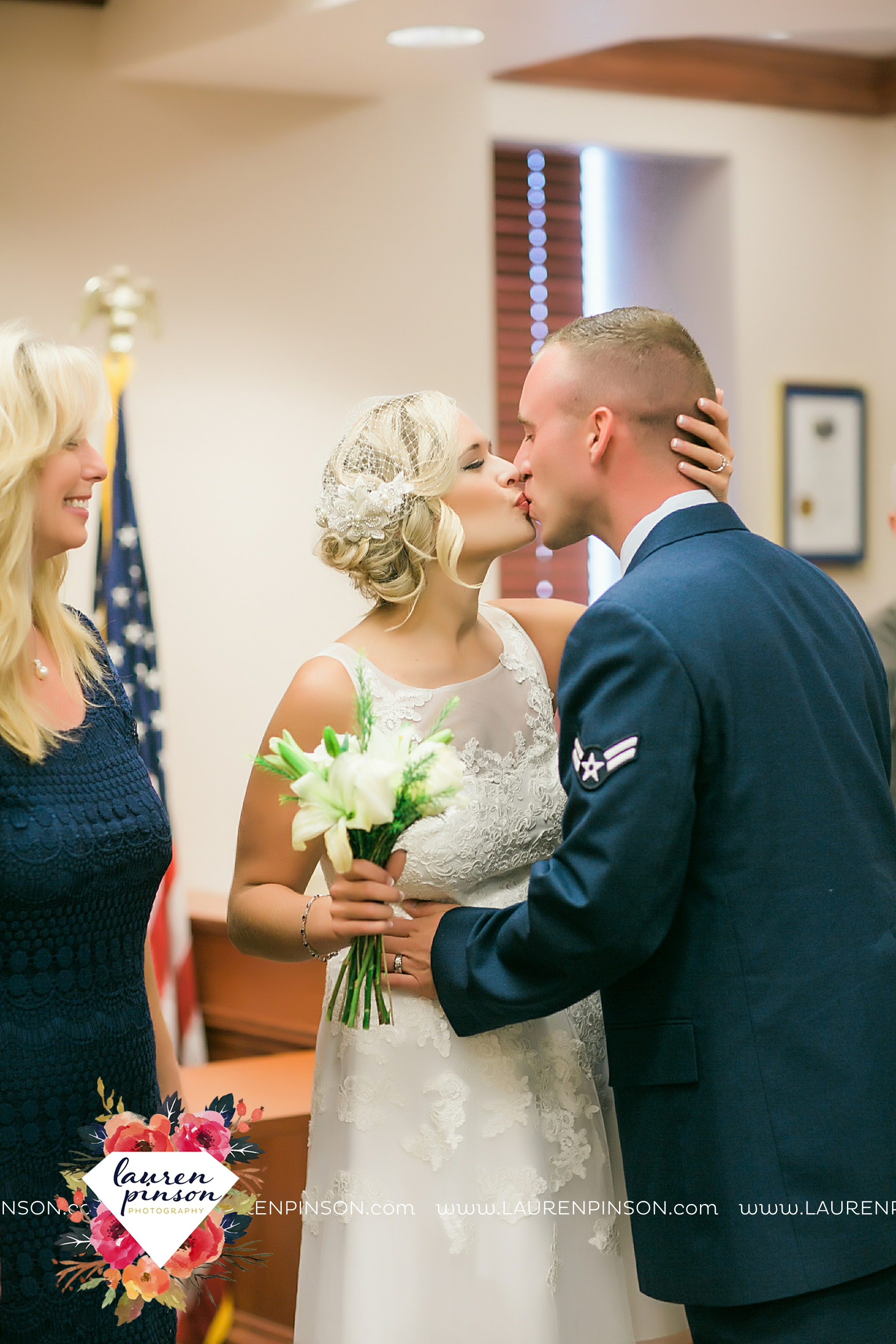 sheppard-afb-wichita-falls-texas-elopement-courthouse-wedding-photographer-justice-of-the-peace-judge-little-ceremony_3276.jpg