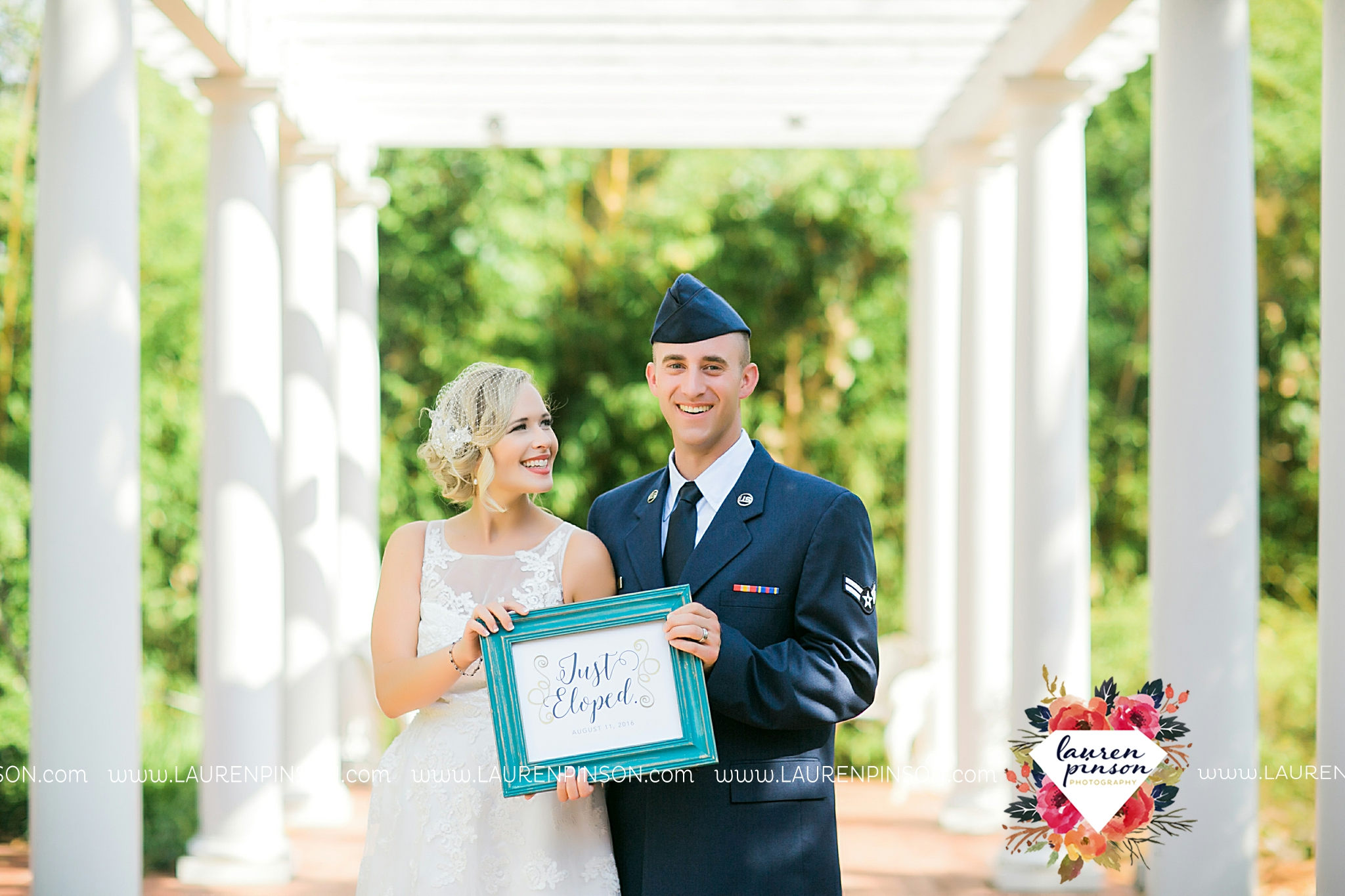 sheppard-afb-wichita-falls-texas-elopement-courthouse-wedding-photographer-justice-of-the-peace-judge-little-ceremony_3287.jpg