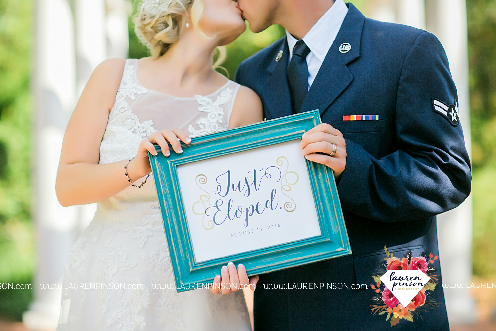 sheppard-afb-wichita-falls-texas-elopement-courthouse-wedding-photographer-justice-of-the-peace-judge-little-ceremony_3288.jpg