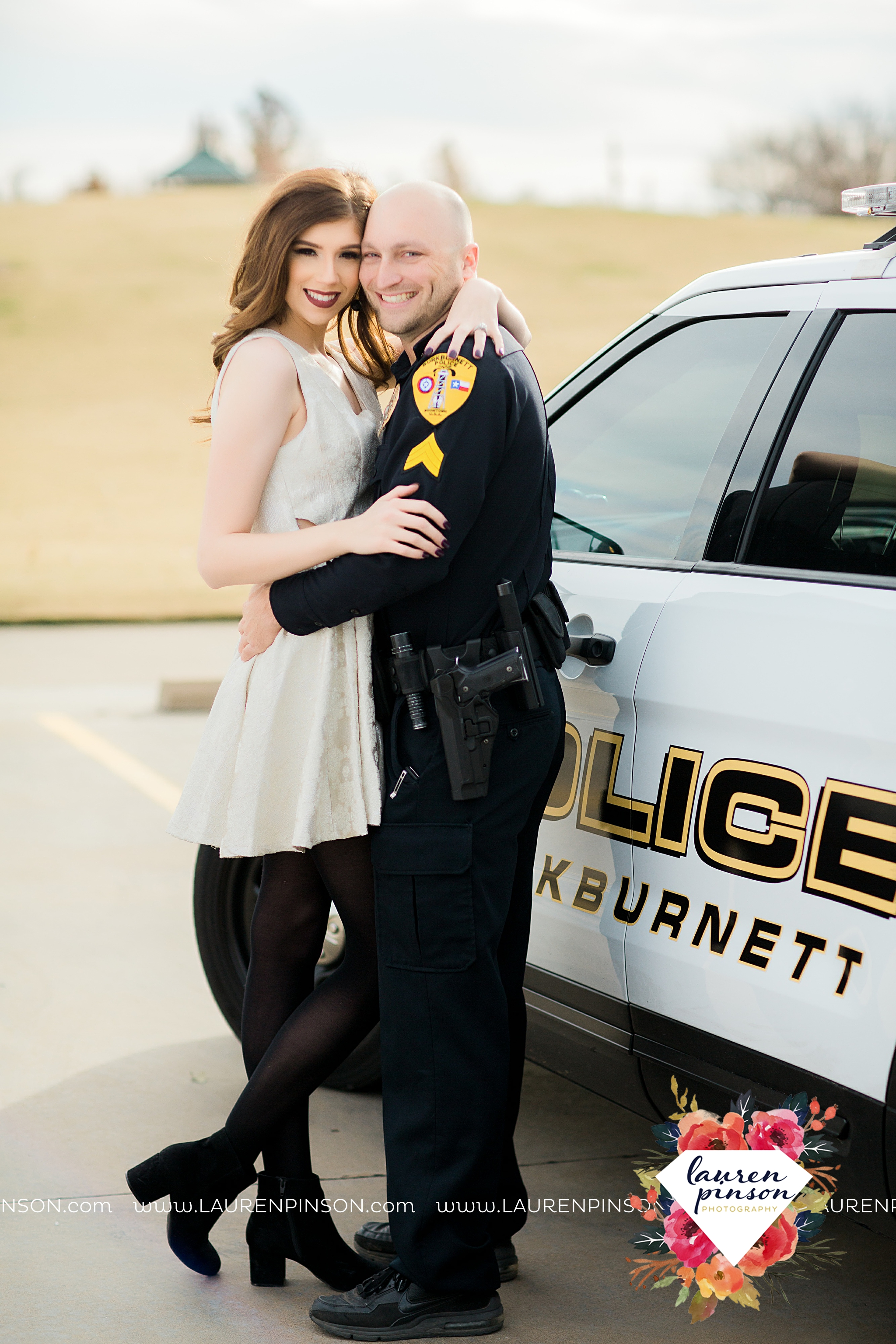 wichita-falls-texas-photographer-burkburnett-engagement-session-wichita-mountains-police-officer_4128.jpg
