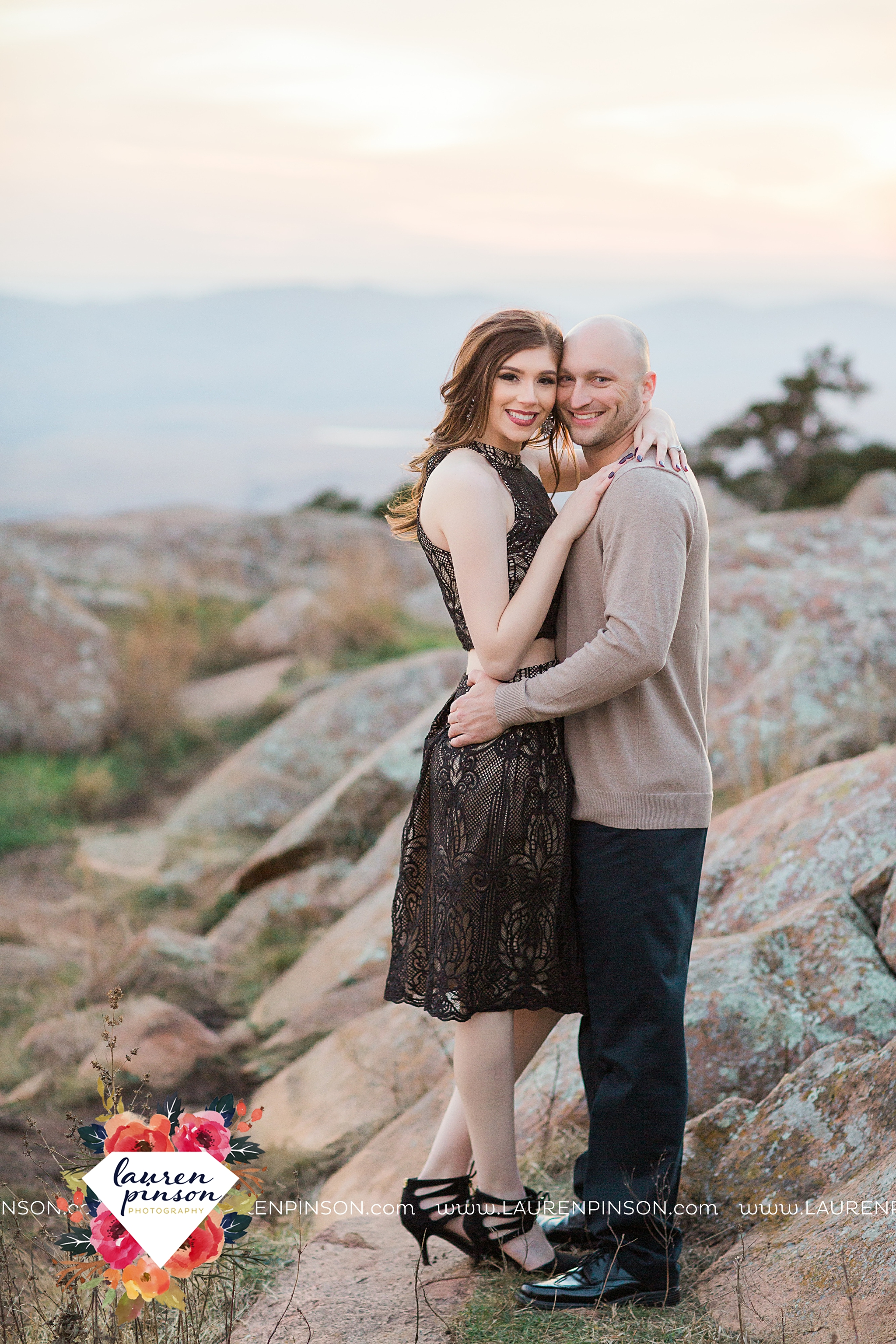 wichita-falls-texas-photographer-burkburnett-engagement-session-wichita-mountains-police-officer_4144.jpg