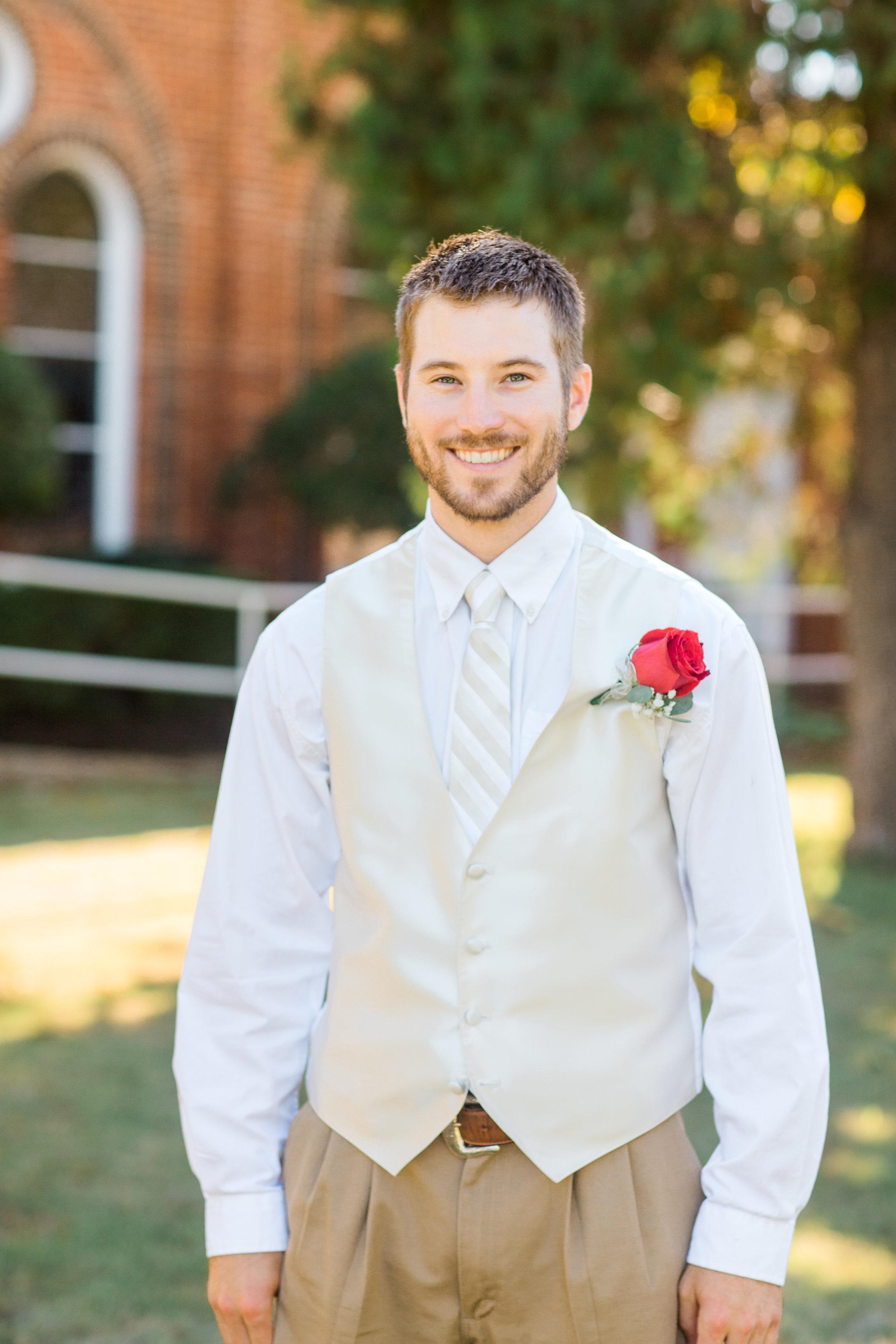 Bailey-Nathan-Windthorst-Texas-Wedding-029.jpg