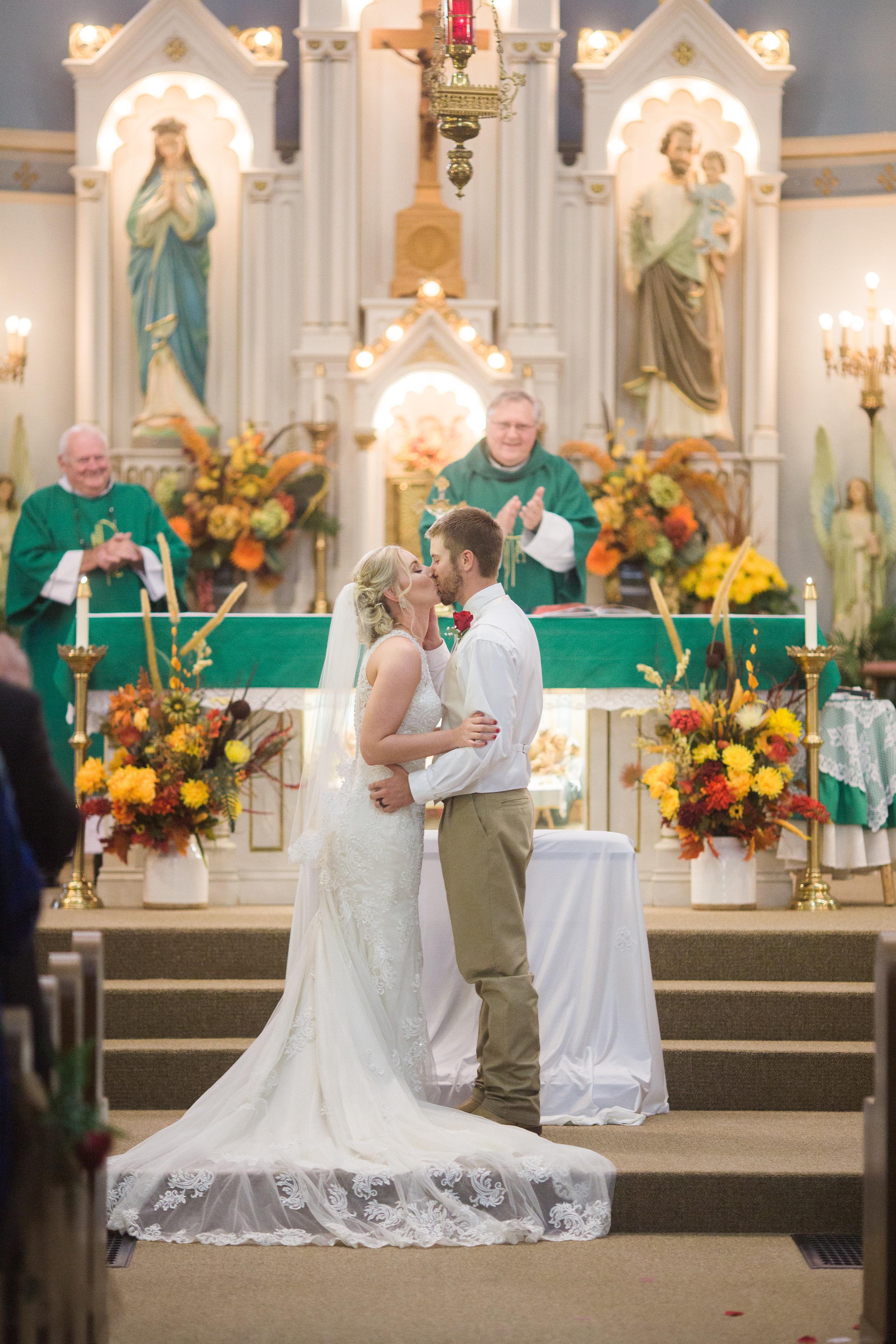 Bailey-Nathan-Windthorst-Texas-Wedding-041.jpg