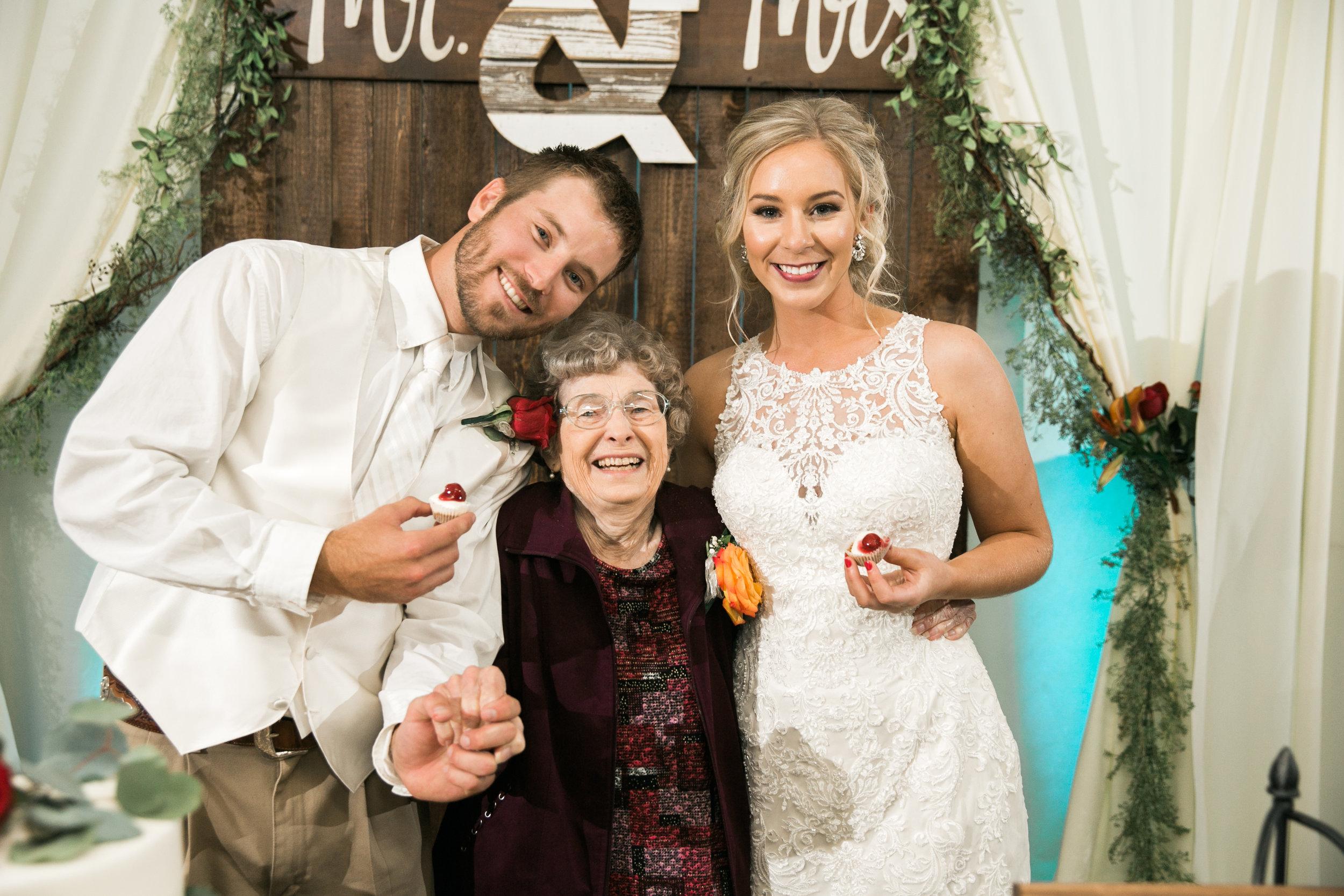 Bailey-Nathan-Windthorst-Texas-Wedding-066.jpg