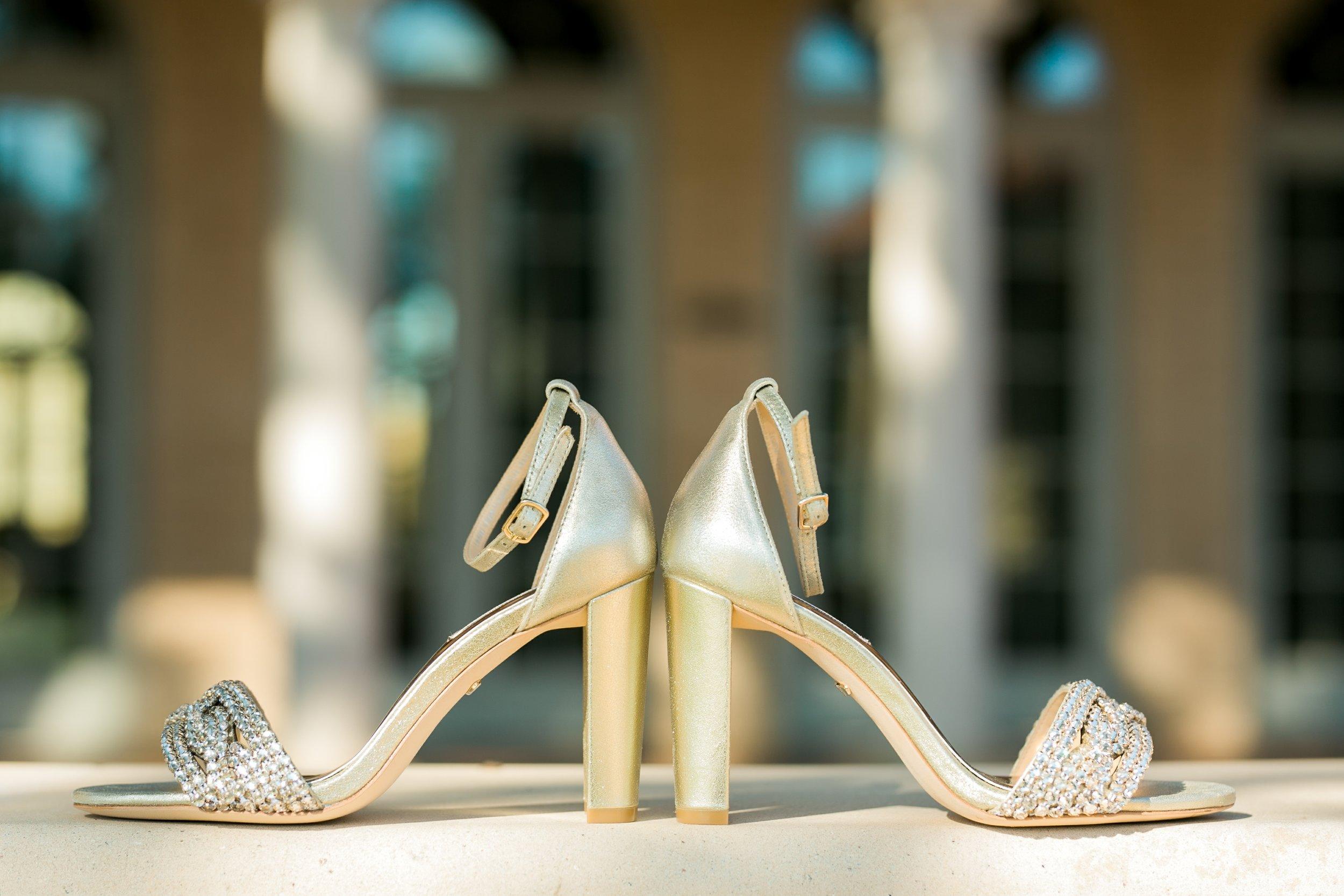 Roberson-Wedding-The-Forum-Lauren-Pinson-Wedding-Photography-Wichita-Falls-Texas-007.jpg