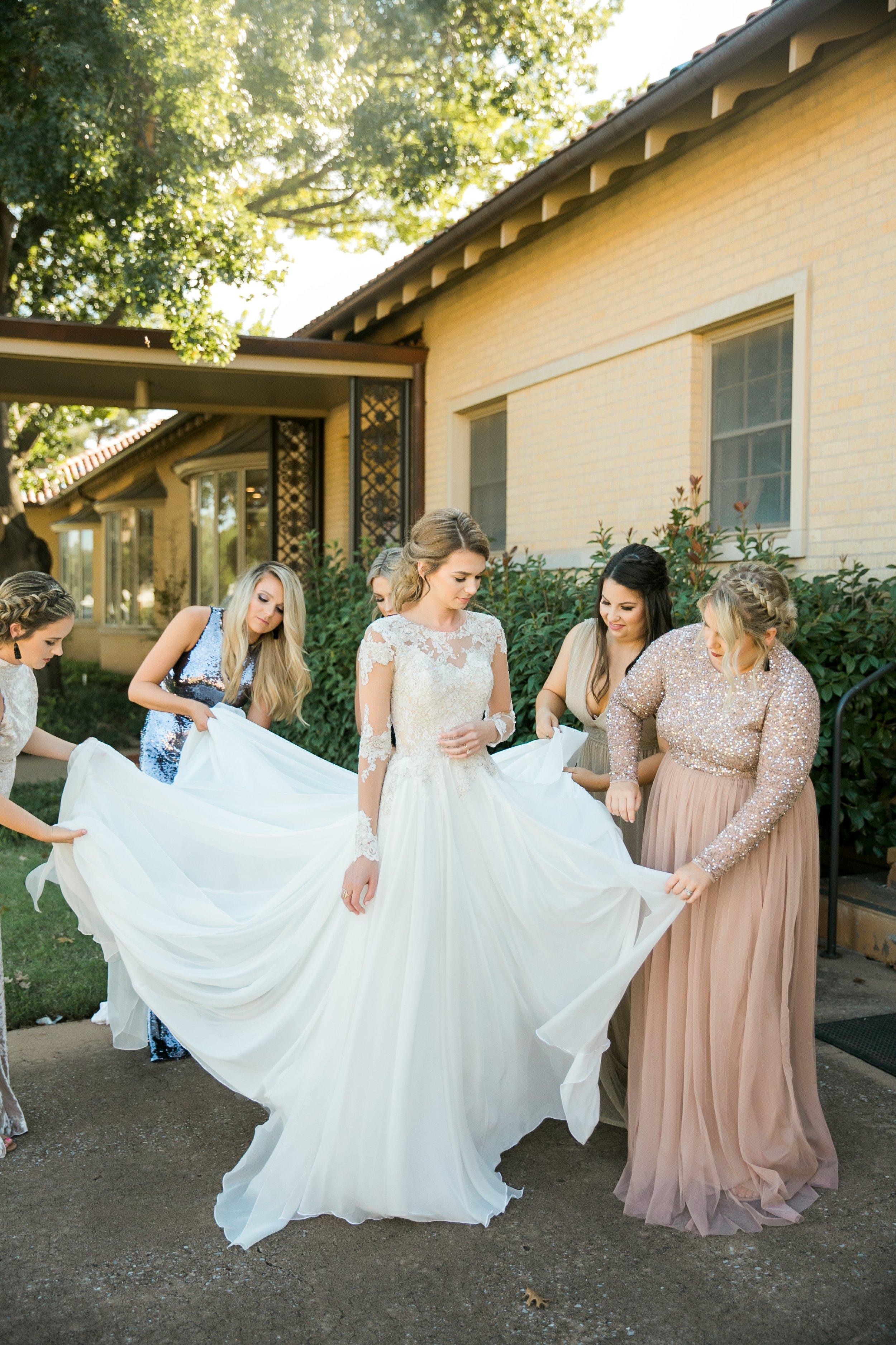 Roberson-Wedding-The-Forum-Lauren-Pinson-Wedding-Photography-Wichita-Falls-Texas-017.jpg