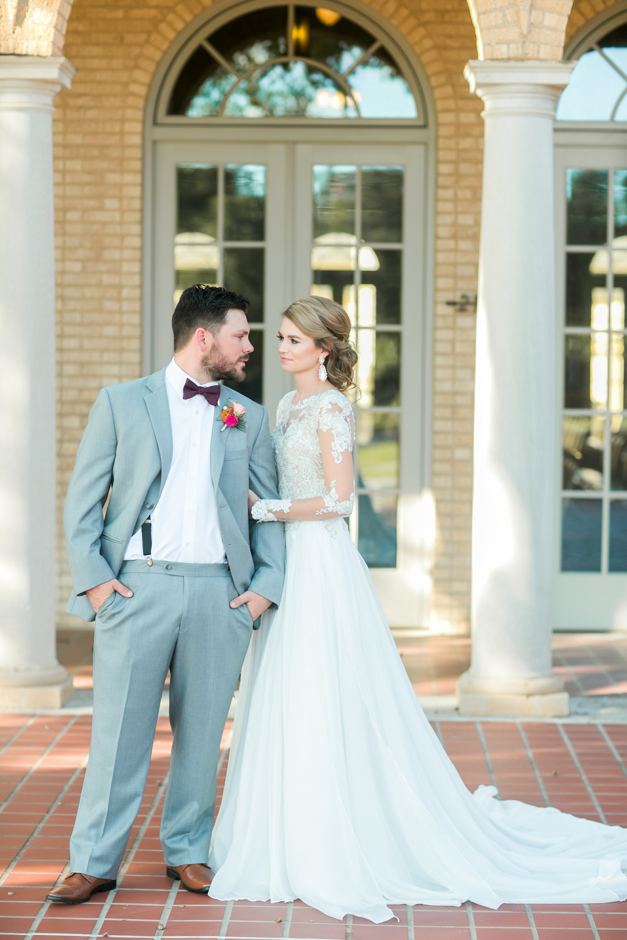 Roberson-Wedding-The-Forum-Lauren-Pinson-Wedding-Photography-Wichita-Falls-Texas-033.jpg