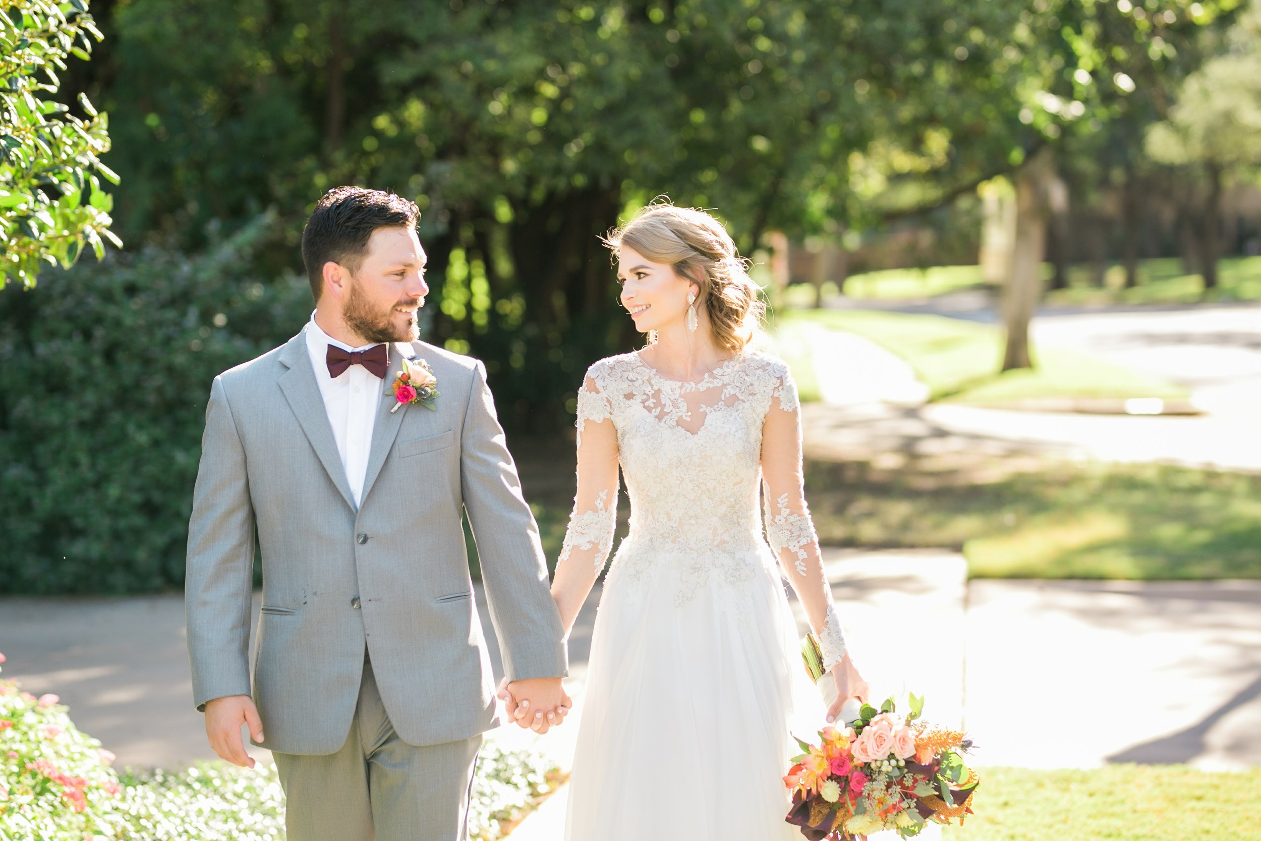 Roberson-Wedding-The-Forum-Lauren-Pinson-Wedding-Photography-Wichita-Falls-Texas-036.jpg