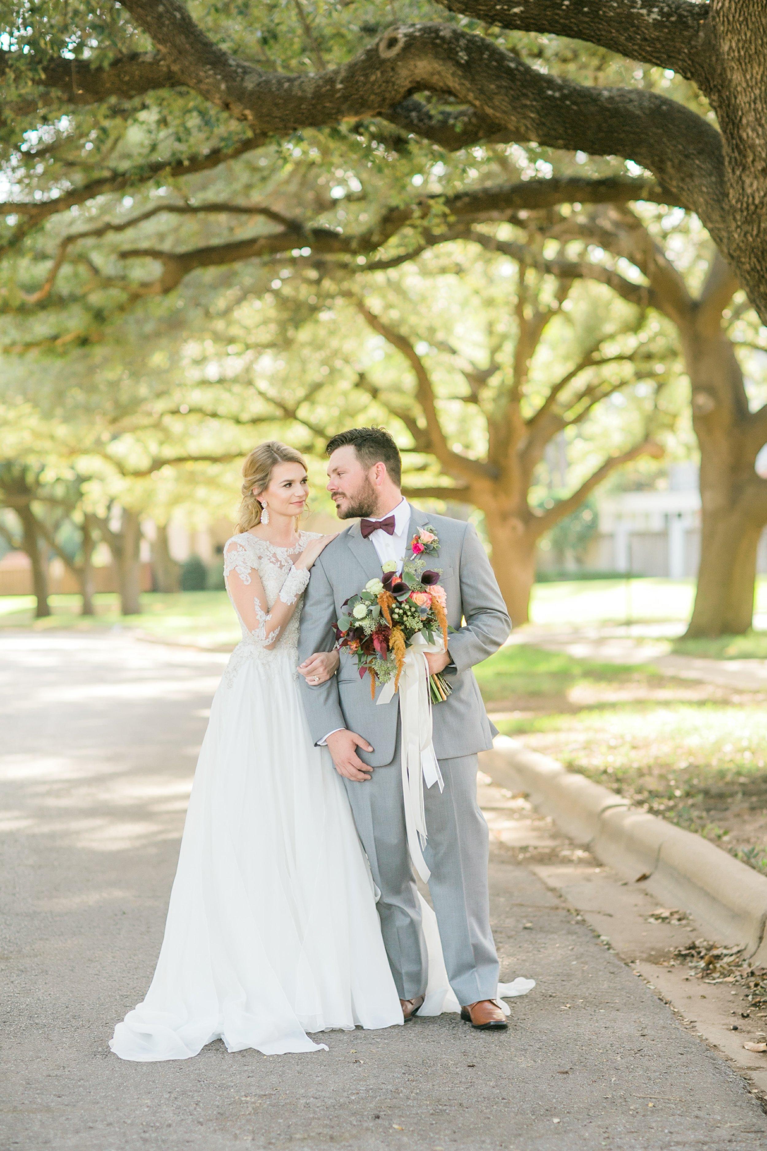 Roberson-Wedding-The-Forum-Lauren-Pinson-Wedding-Photography-Wichita-Falls-Texas-046.jpg