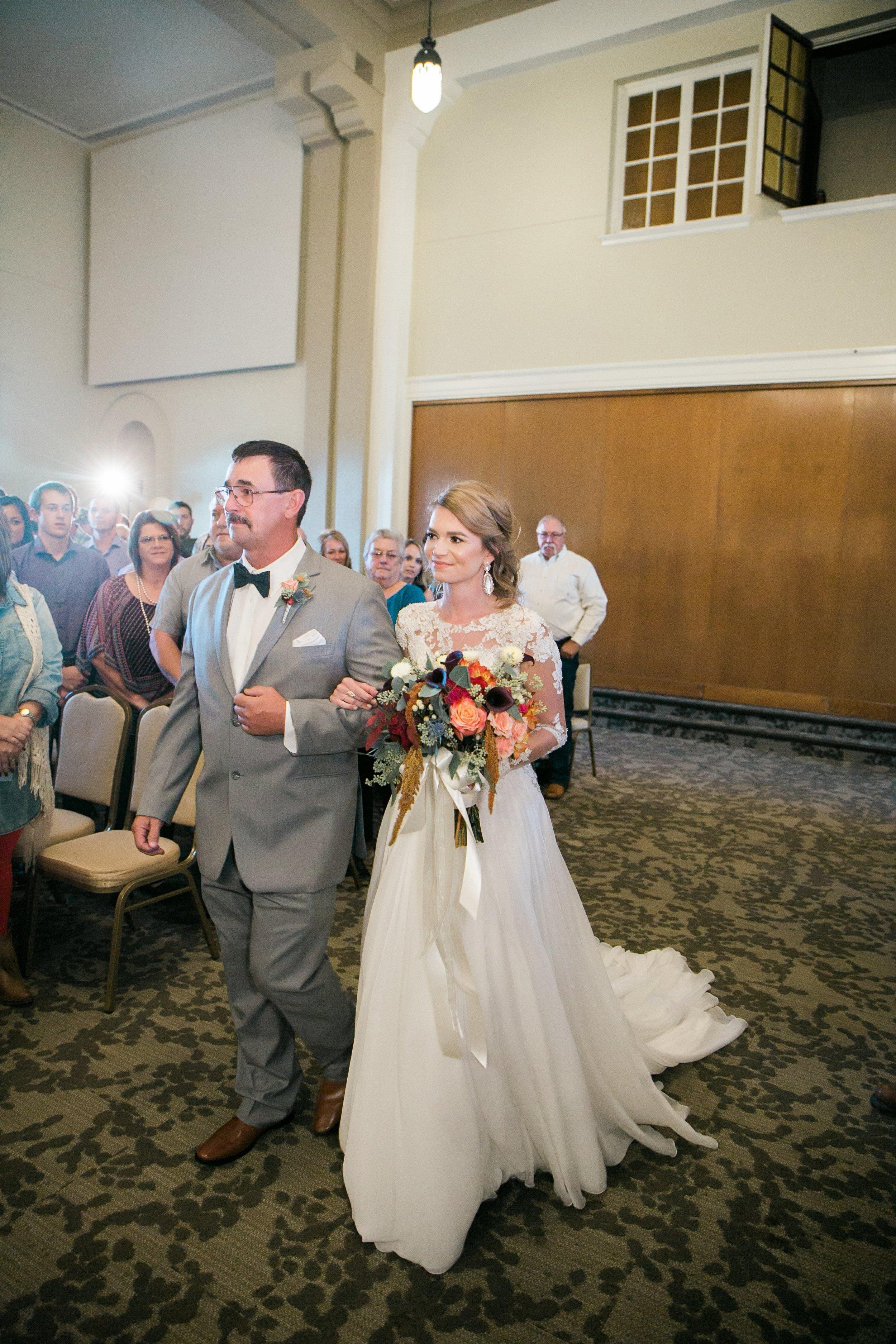 Roberson-Wedding-The-Forum-Lauren-Pinson-Wedding-Photography-Wichita-Falls-Texas-073.jpg