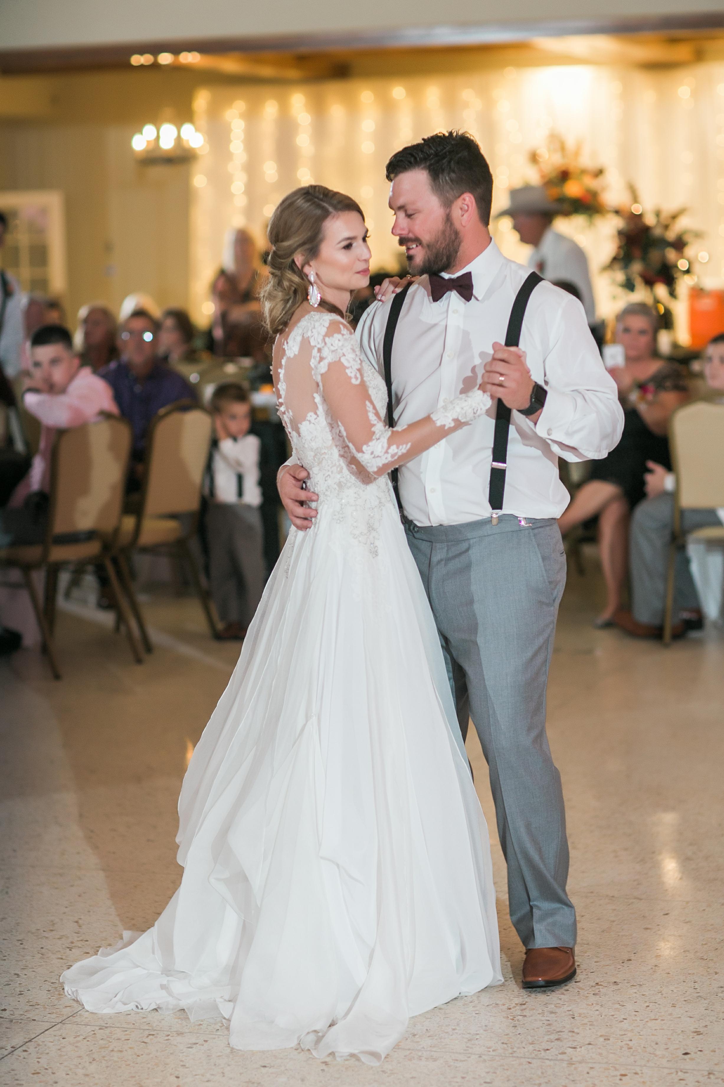 Roberson-Wedding-The-Forum-Lauren-Pinson-Wedding-Photography-Wichita-Falls-Texas-080.jpg