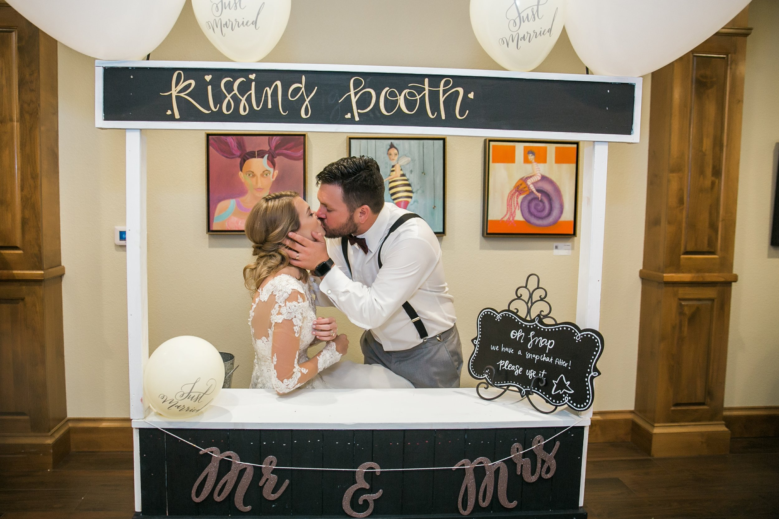 Roberson-Wedding-The-Forum-Lauren-Pinson-Wedding-Photography-Wichita-Falls-Texas-087.jpg