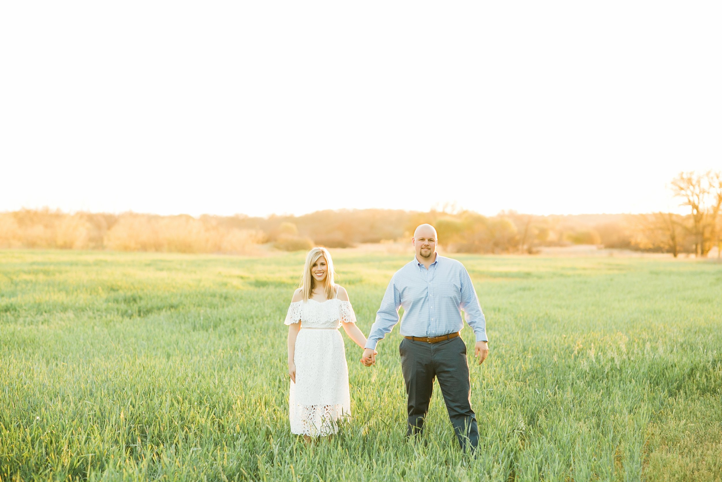kayla-trent-country-engagement-session-texas-windthorst-graham-wichita-falls-jeep-engaged-00010.jpg