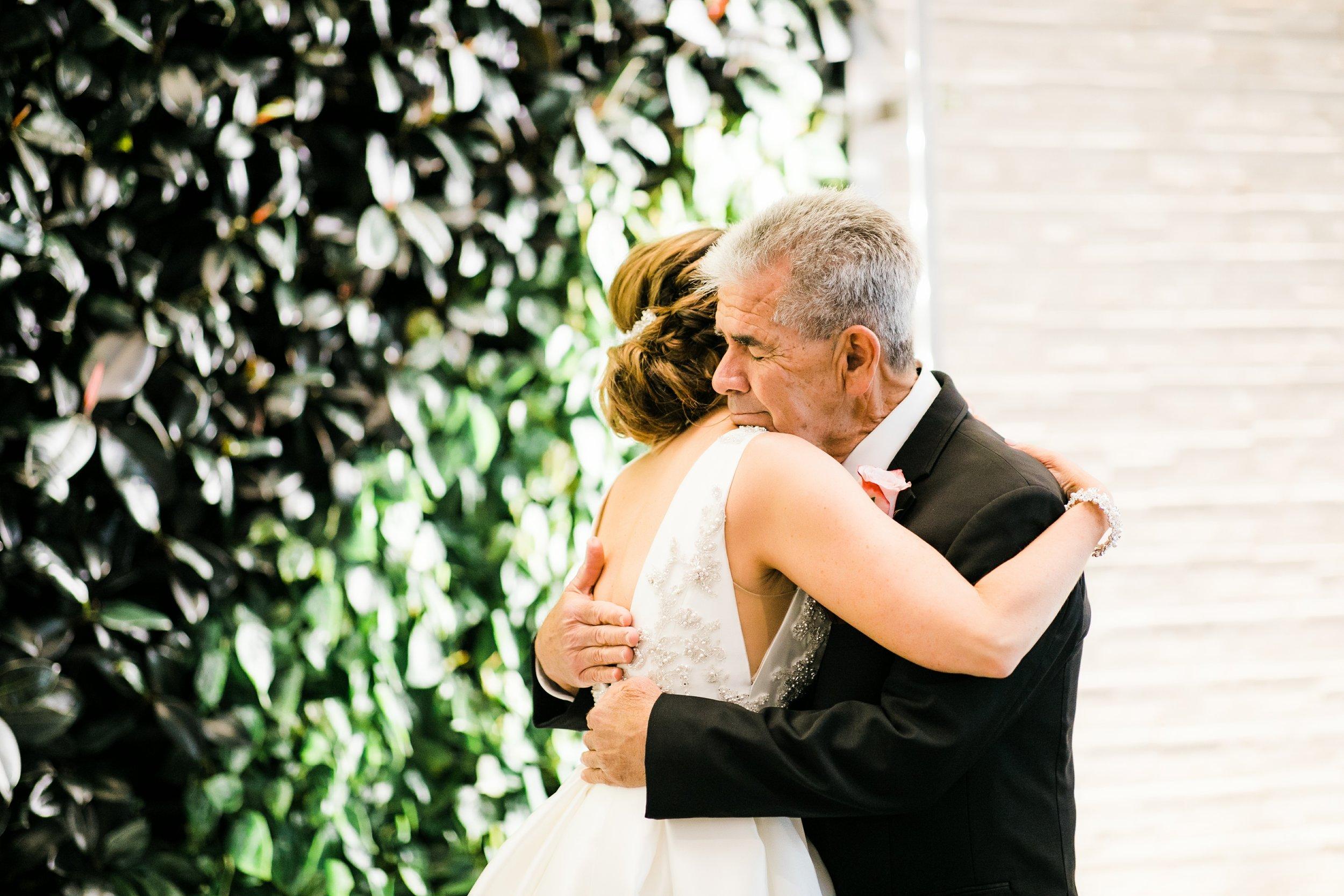 haehn-wedding-little-chapel-in-the-woods-denton-tx-lantana-golf-club-wedding-018.jpg