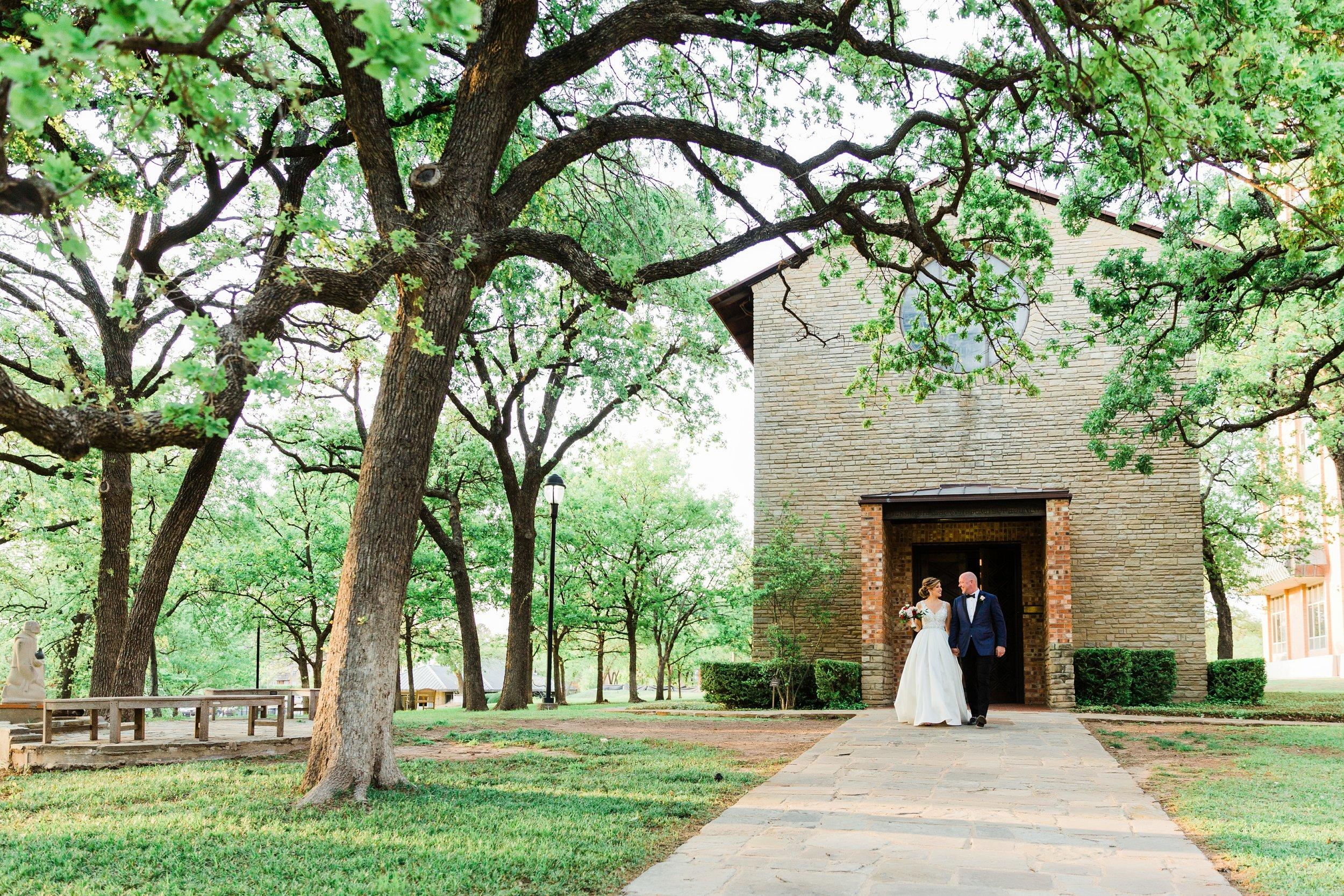 haehn-wedding-little-chapel-in-the-woods-denton-tx-lantana-golf-club-wedding-039.jpg