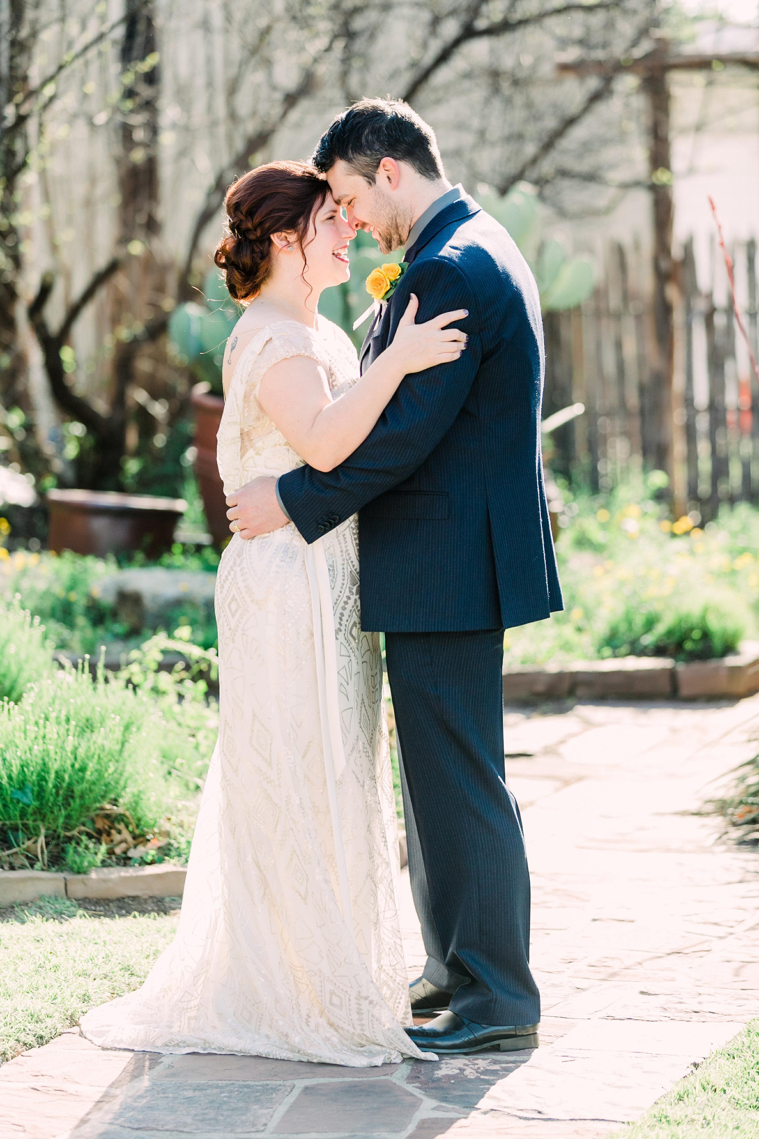 the-rock-barn-henrietta-wedding-photographer-texas-wichita-falls-earth-day-wedding-014.jpg