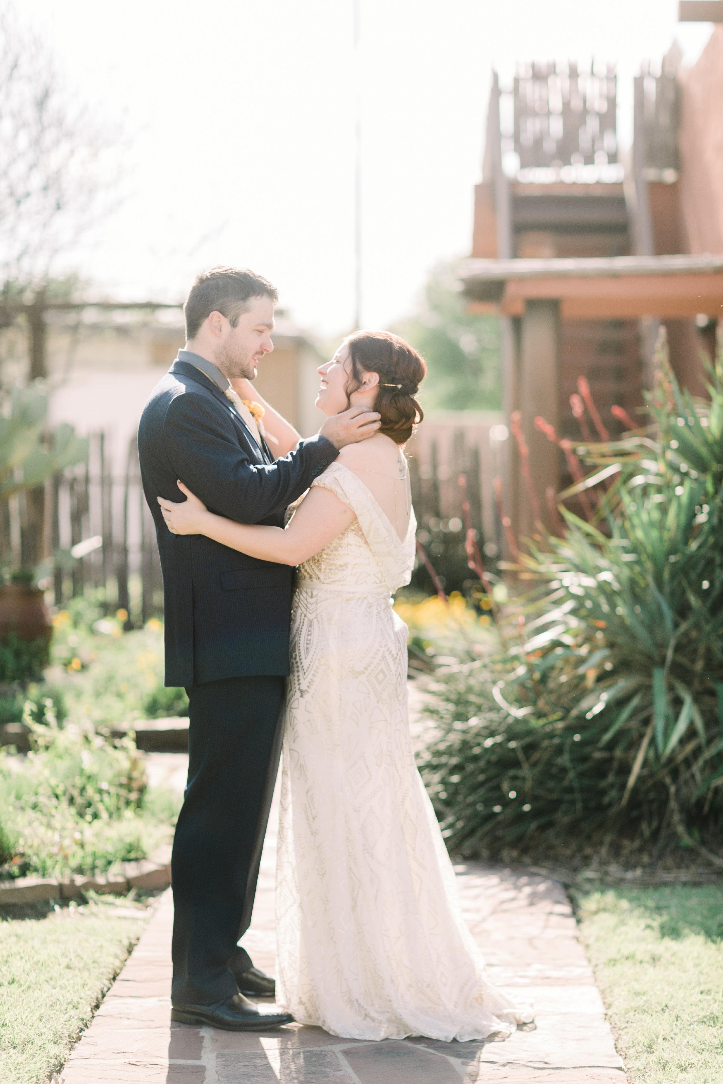 the-rock-barn-henrietta-wedding-photographer-texas-wichita-falls-earth-day-wedding-012.jpg