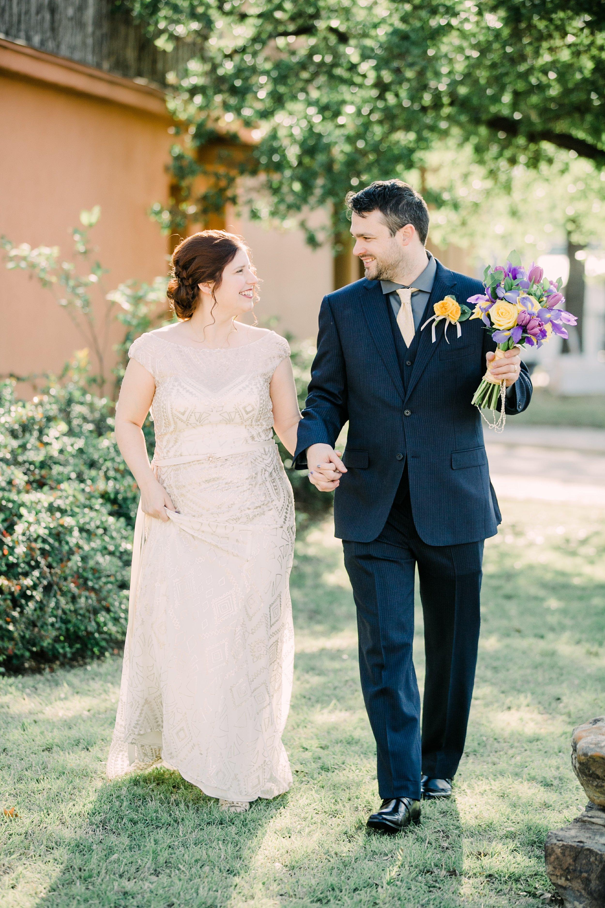 the-rock-barn-henrietta-wedding-photographer-texas-wichita-falls-earth-day-wedding-020.jpg