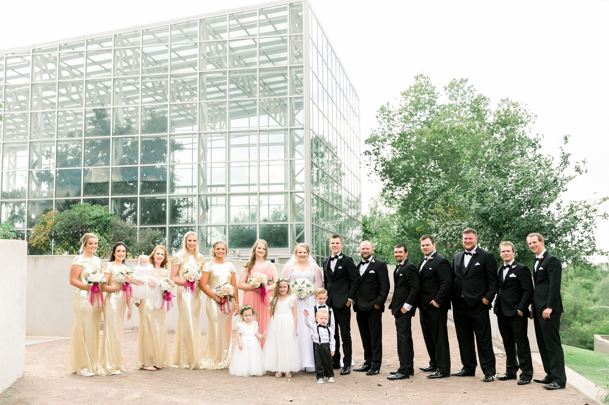 Ryanne-and-william-wedding-at-river-bend-nature-center-wichita-falls-texas-two-clever-chicks-0041.jpg