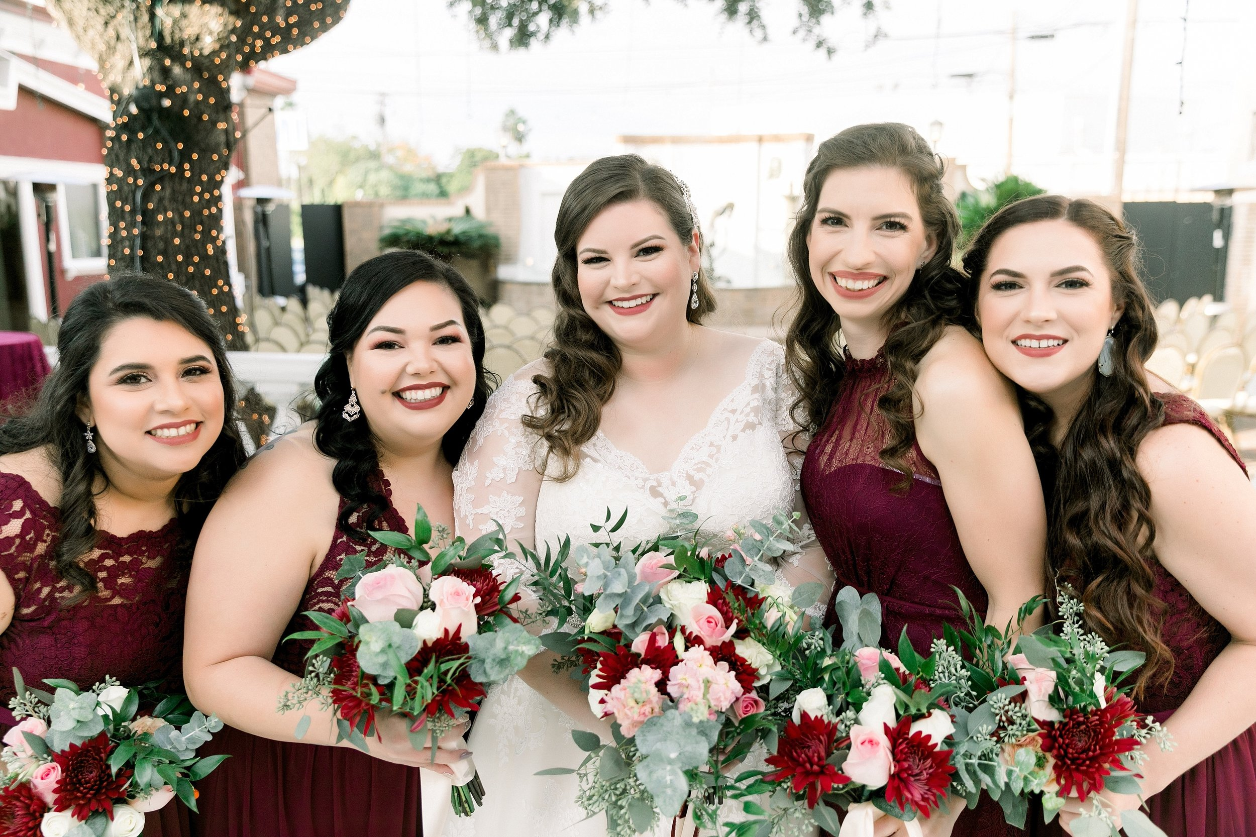 gaslight-at-courtyard-square-corpus-christi-wedding-omni-hotel-fall-winter-wedding-texas-wedding-photographer-lauren-pinson-0040.jpg