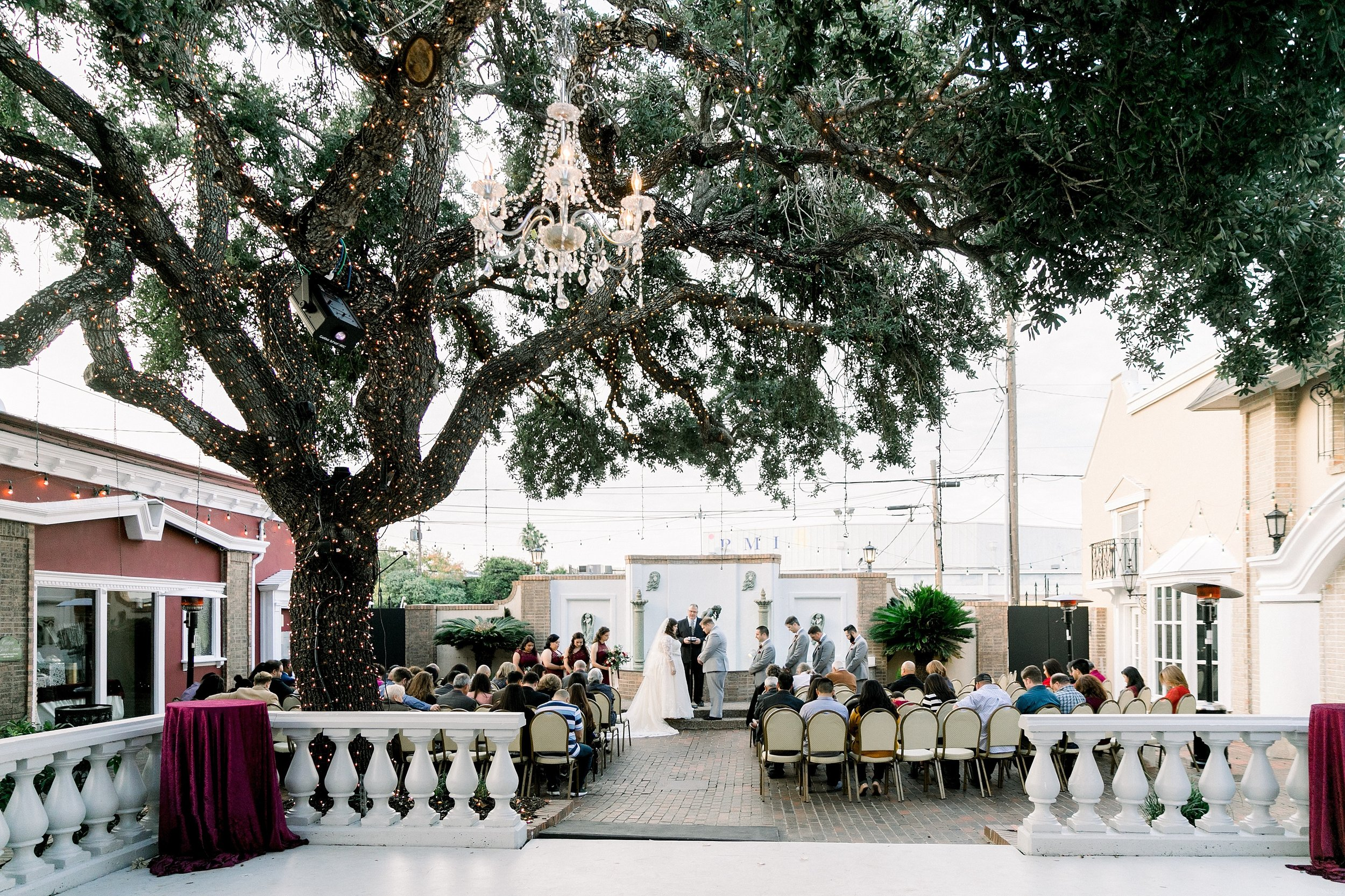 gaslight-at-courtyard-square-corpus-christi-wedding-omni-hotel-fall-winter-wedding-texas-wedding-photographer-lauren-pinson-0068.jpg