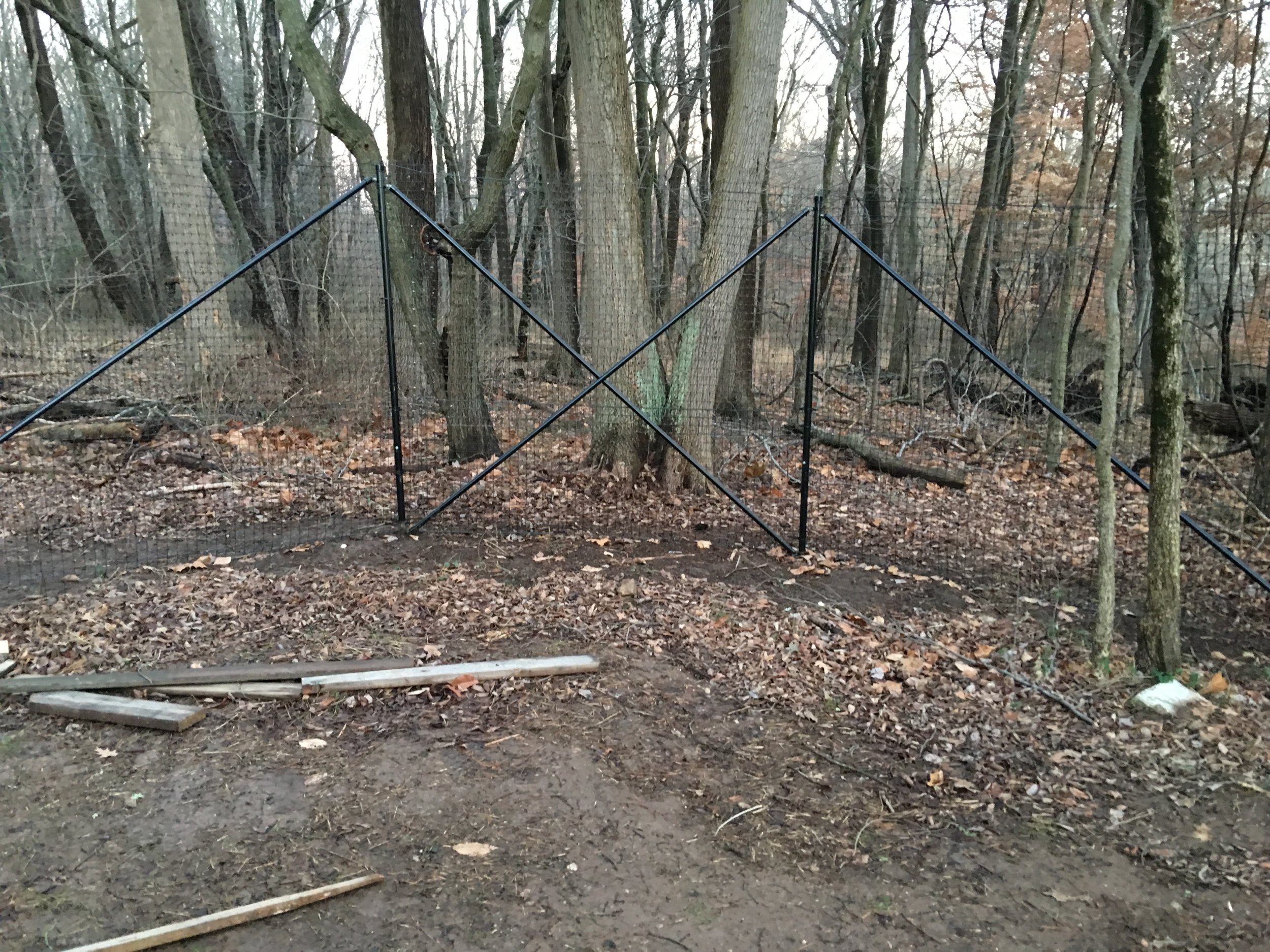Deer Fencing installed using four brace pipe to ensure fence doesn't pull in. Deer fencing installed in Northeastern Philadelphia.