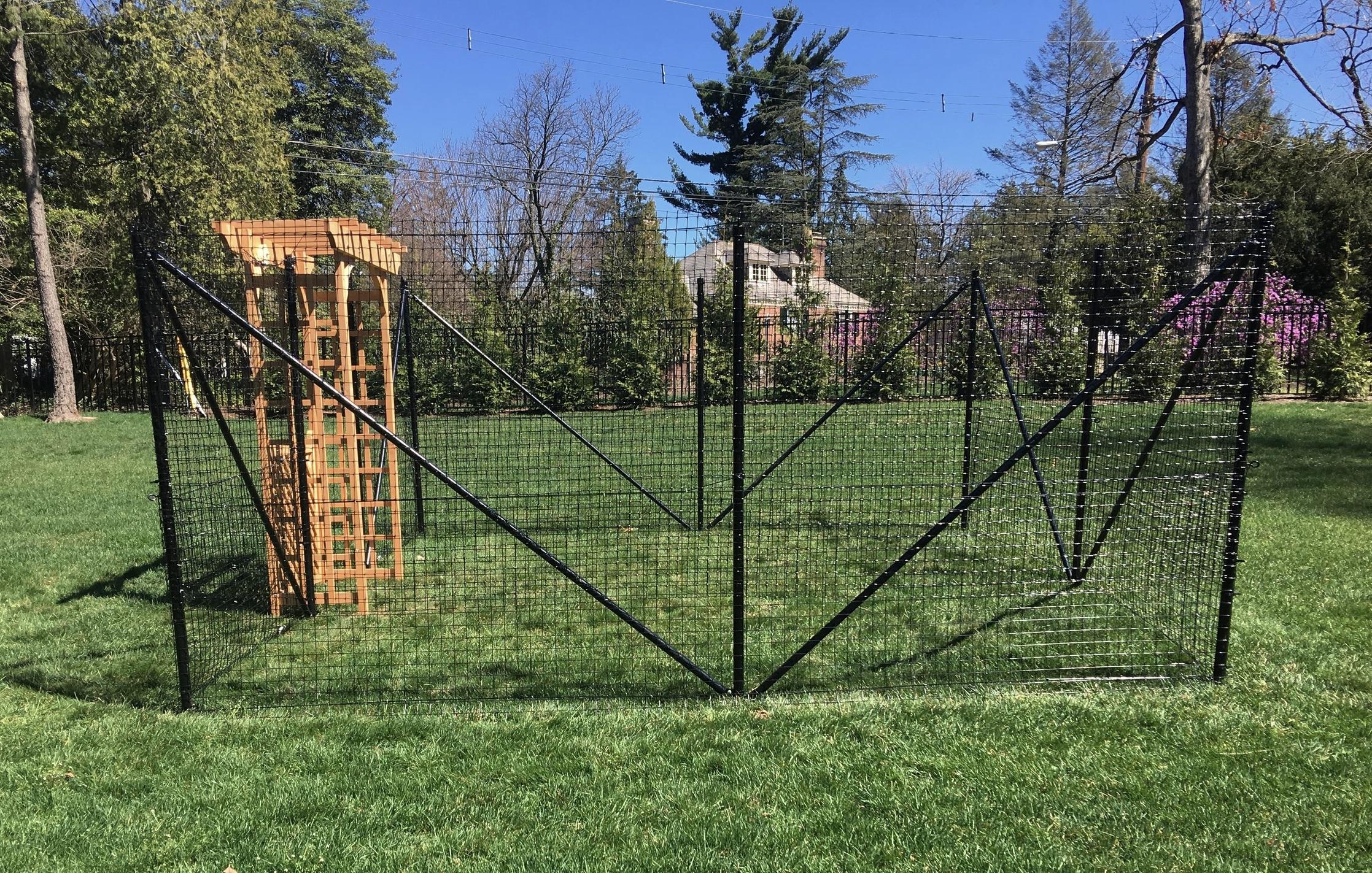 Small garden fence in Mainline, Philadelphia
