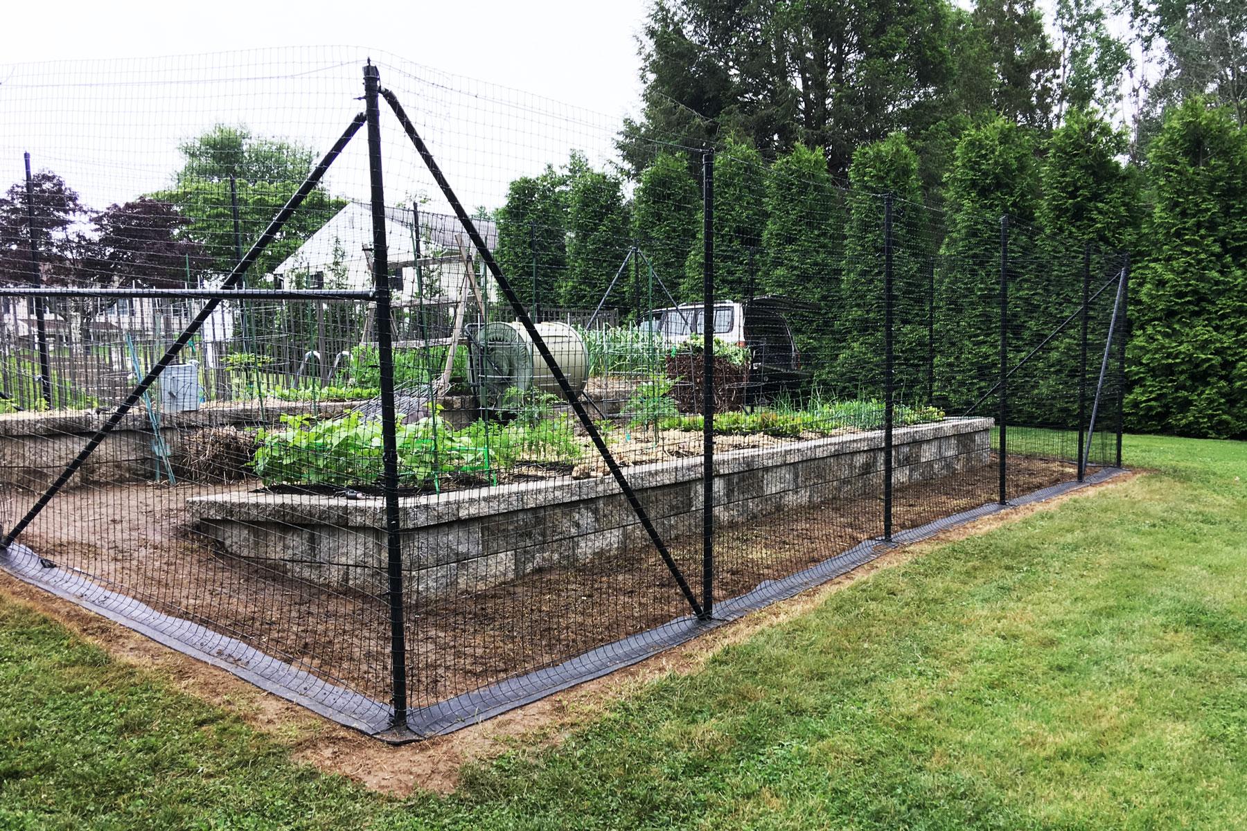 garden-fence-weed-block.jpg