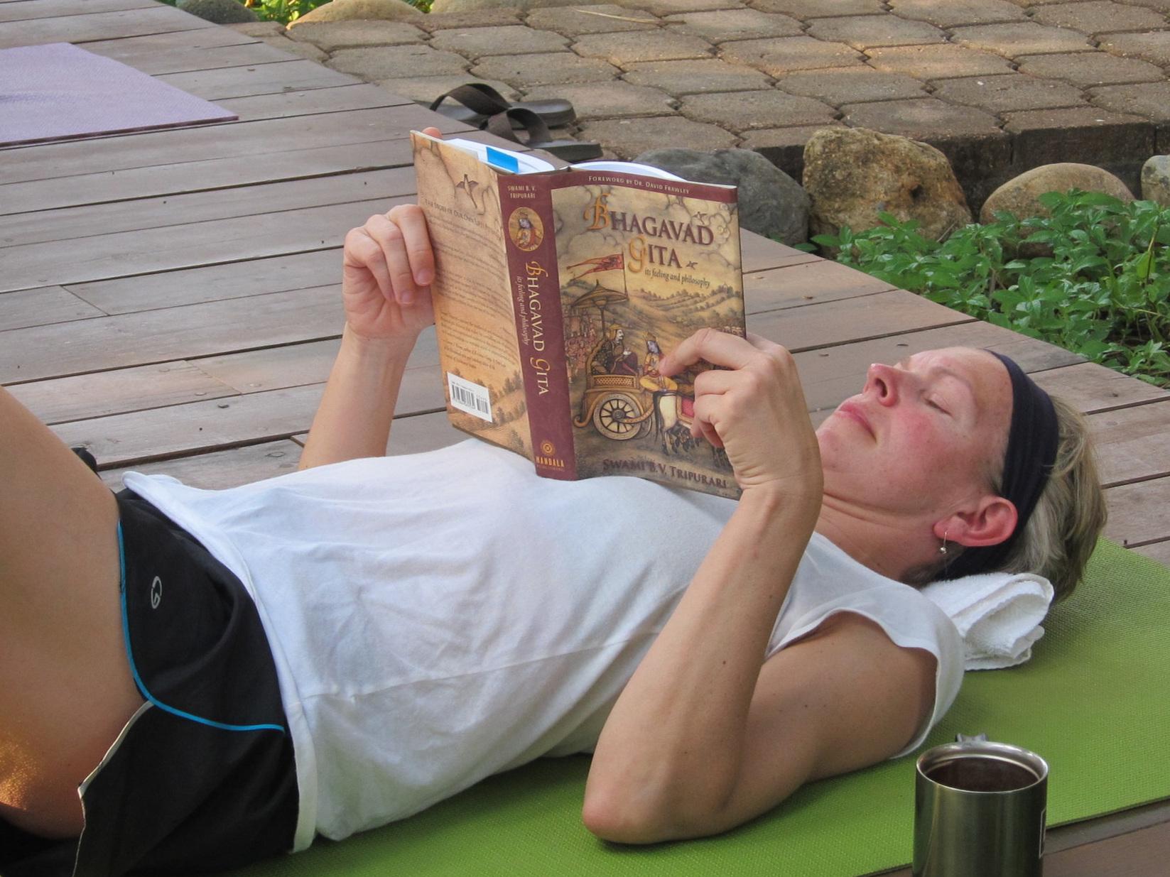 Gita+reading%21.jpg