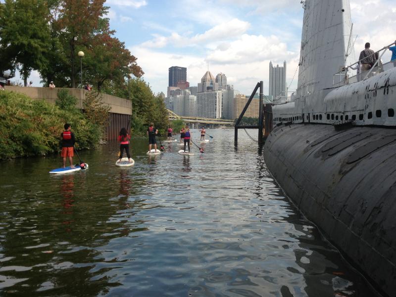 City-View-and-Submarine_800x600.jpg