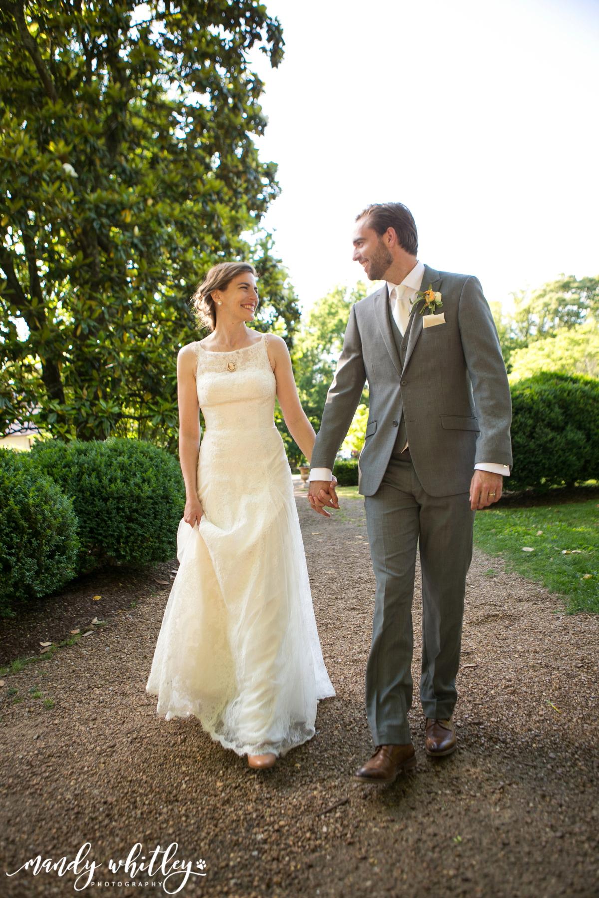 village chapel wedding nashville tn
