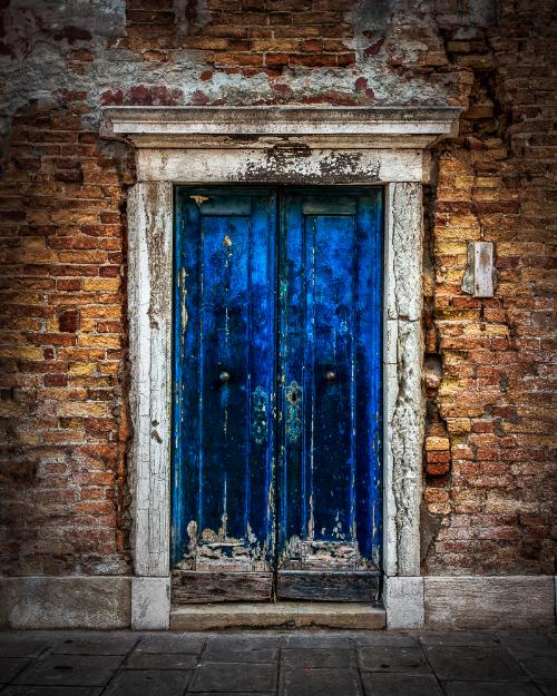 BlueDoor-2.jpg