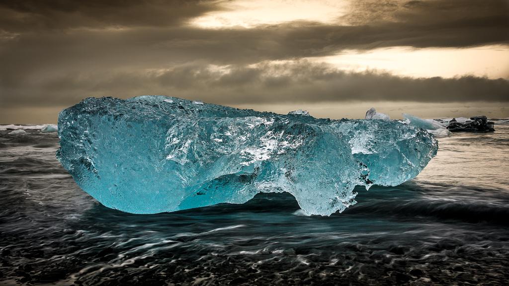 1411764170ljpfuburkett_steve_icebergs3.jpg