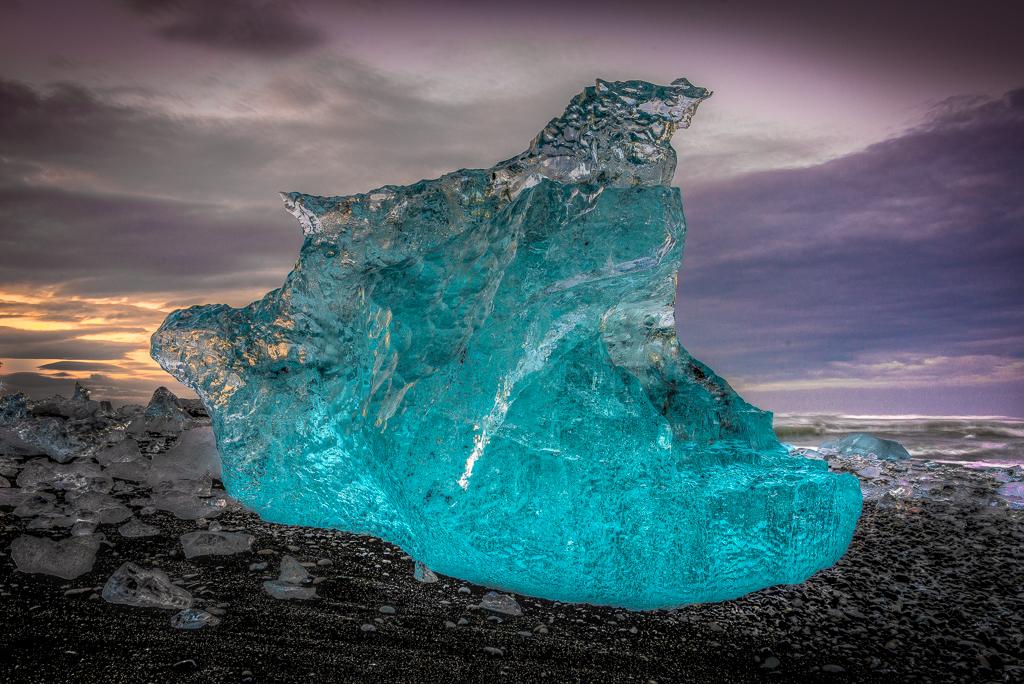 14117641693hy71burkett_steve_icebergs1.jpg