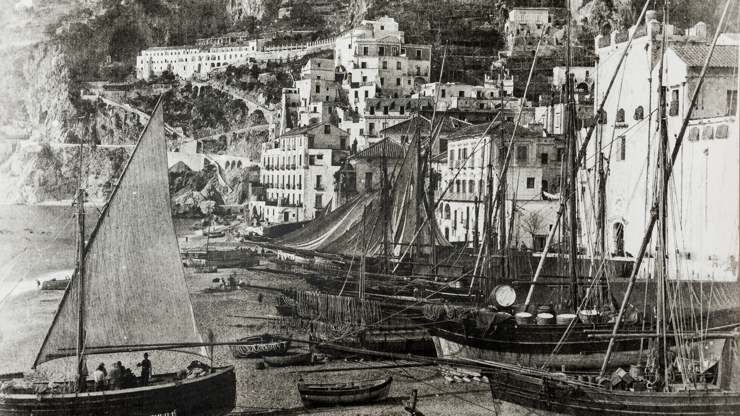 Old photo of the town of Amalfi