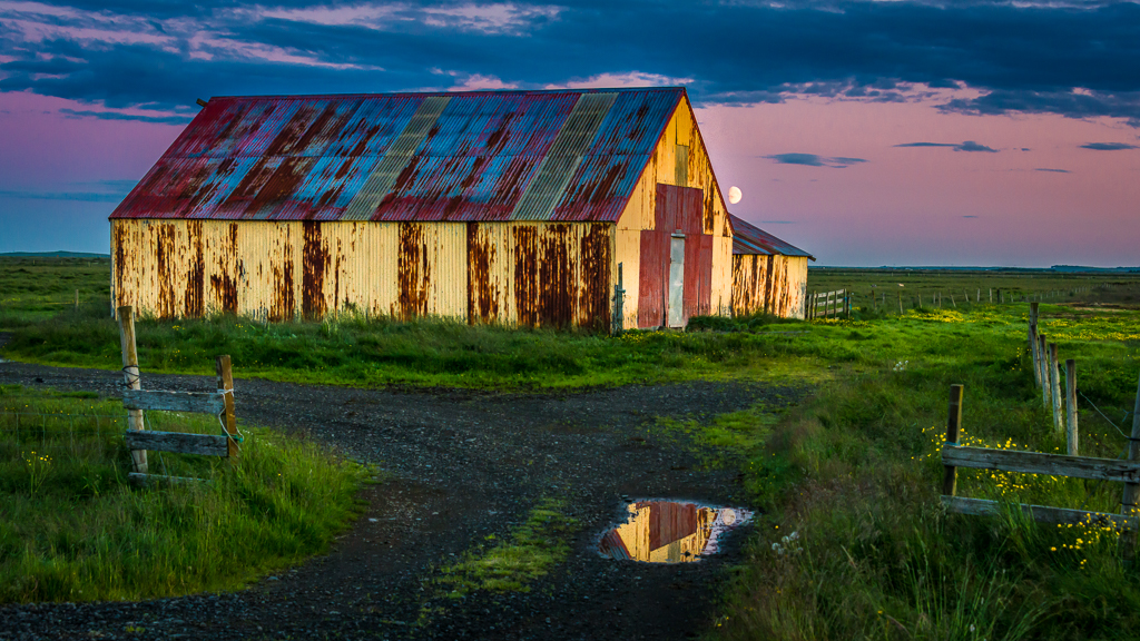 Icelandic Barn at Sunset'