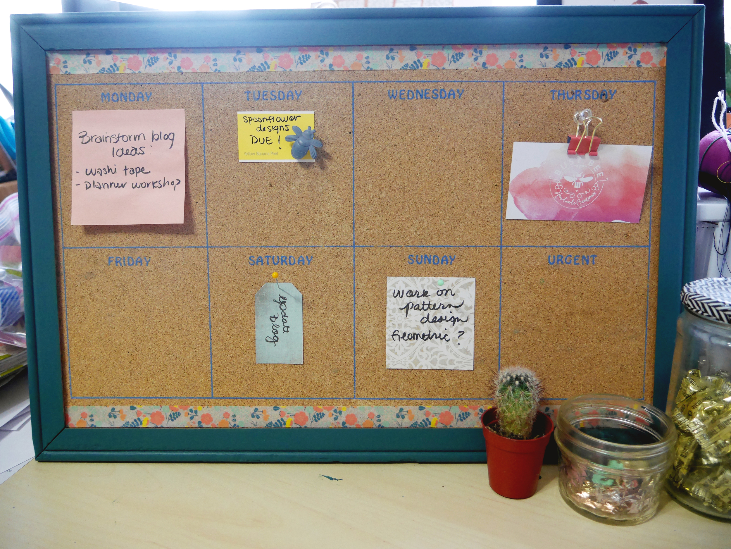 Voila!  A cute bulletin board for my notes.